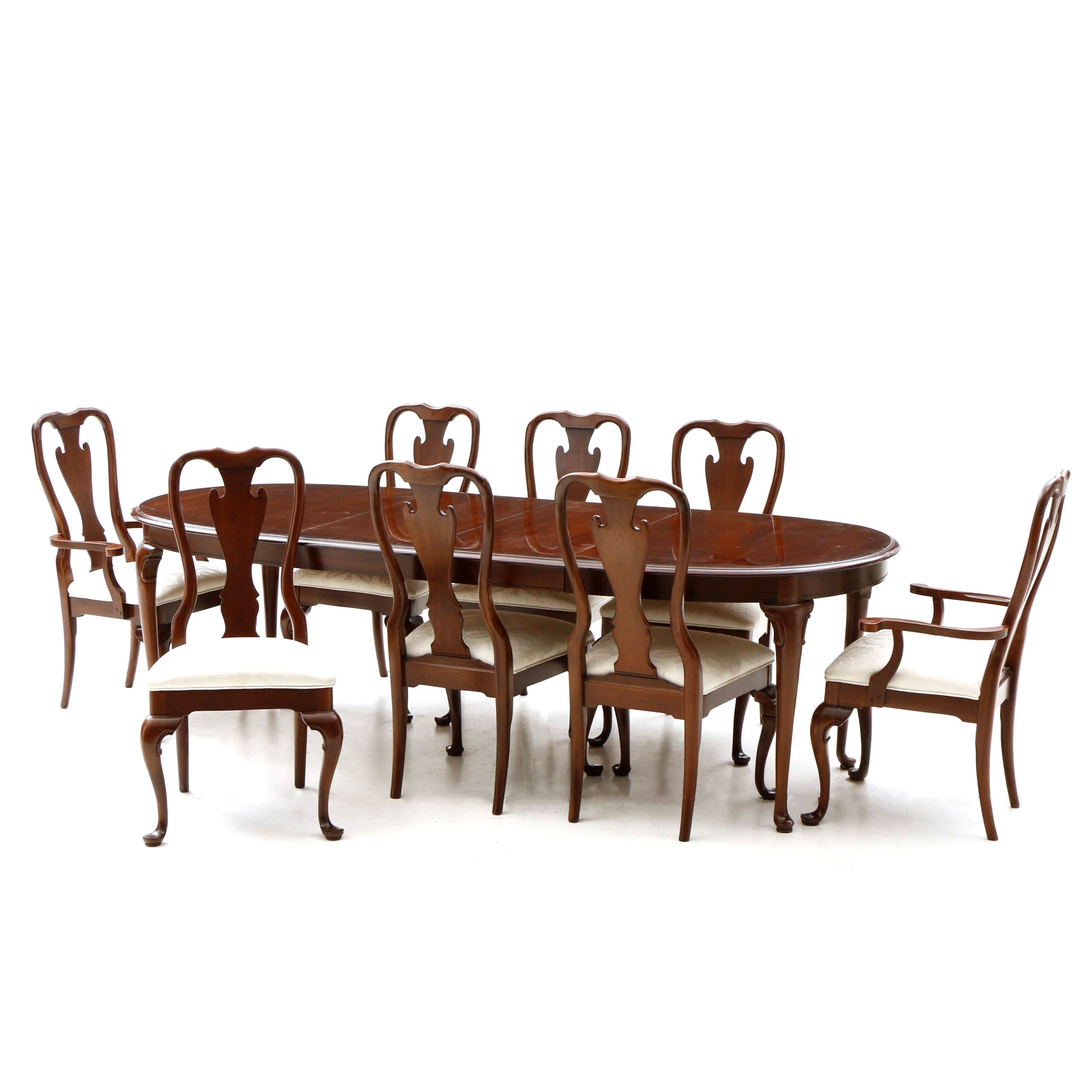 Queen Anne Stye Dining Table with Chairs by Kincaid