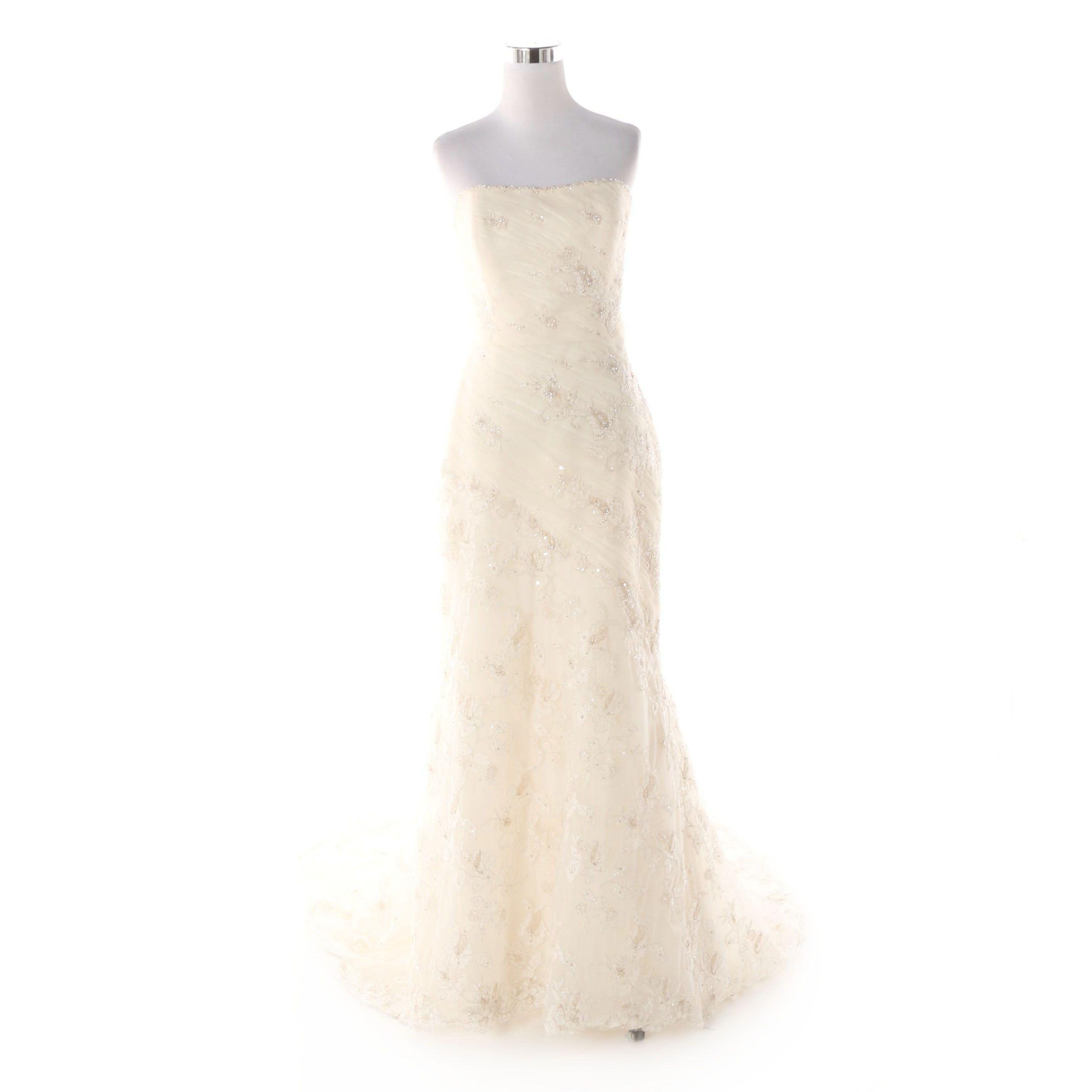 St. Patrick Strapless Denia Wedding Gown