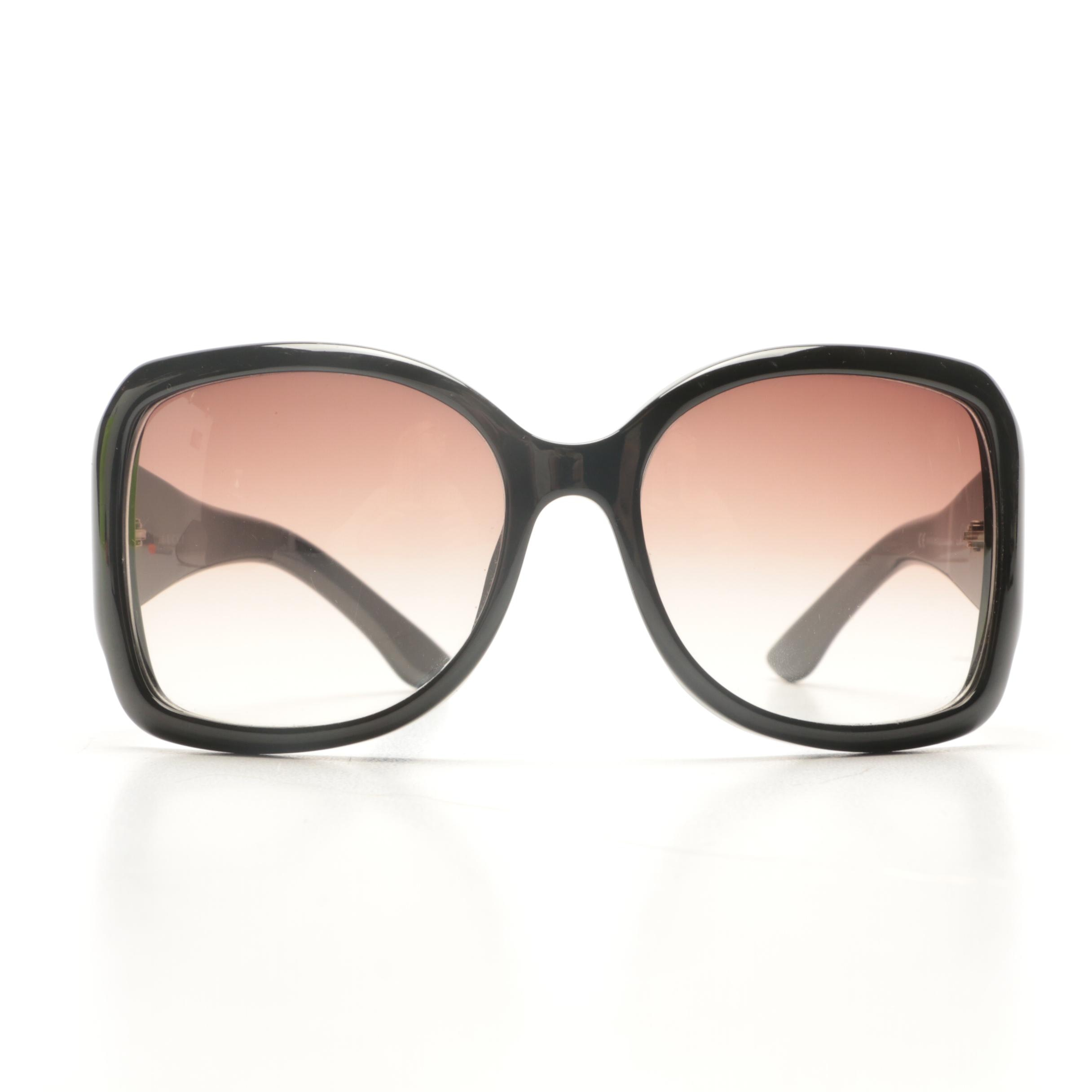 Gucci GG Logo Black Butterfly-Style Sunglasses