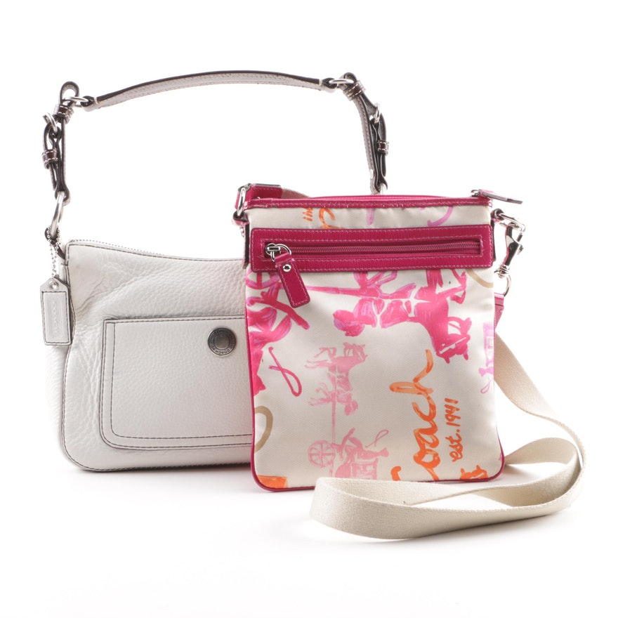 9cc8b73267 Coach Chelsea White Pebbled Leather Shoulder Bag and Horse and Carriage  Slip Bag   EBTH
