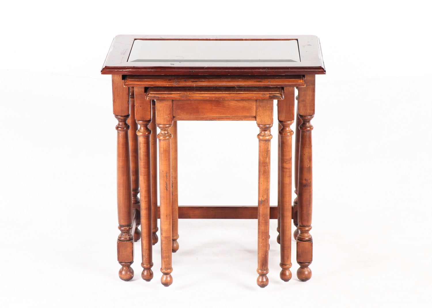 Federal Style Walnut Stained Nesting Tables, 20th Century