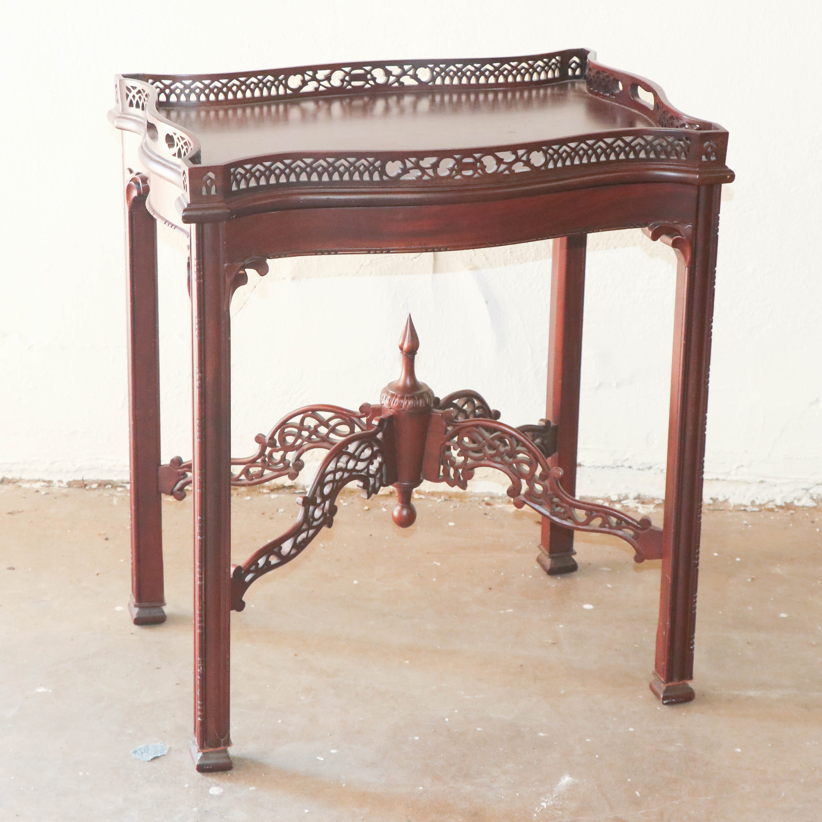 Chinese Chippendale Style Mahogany Tray Top Side Table, Late 20th Century