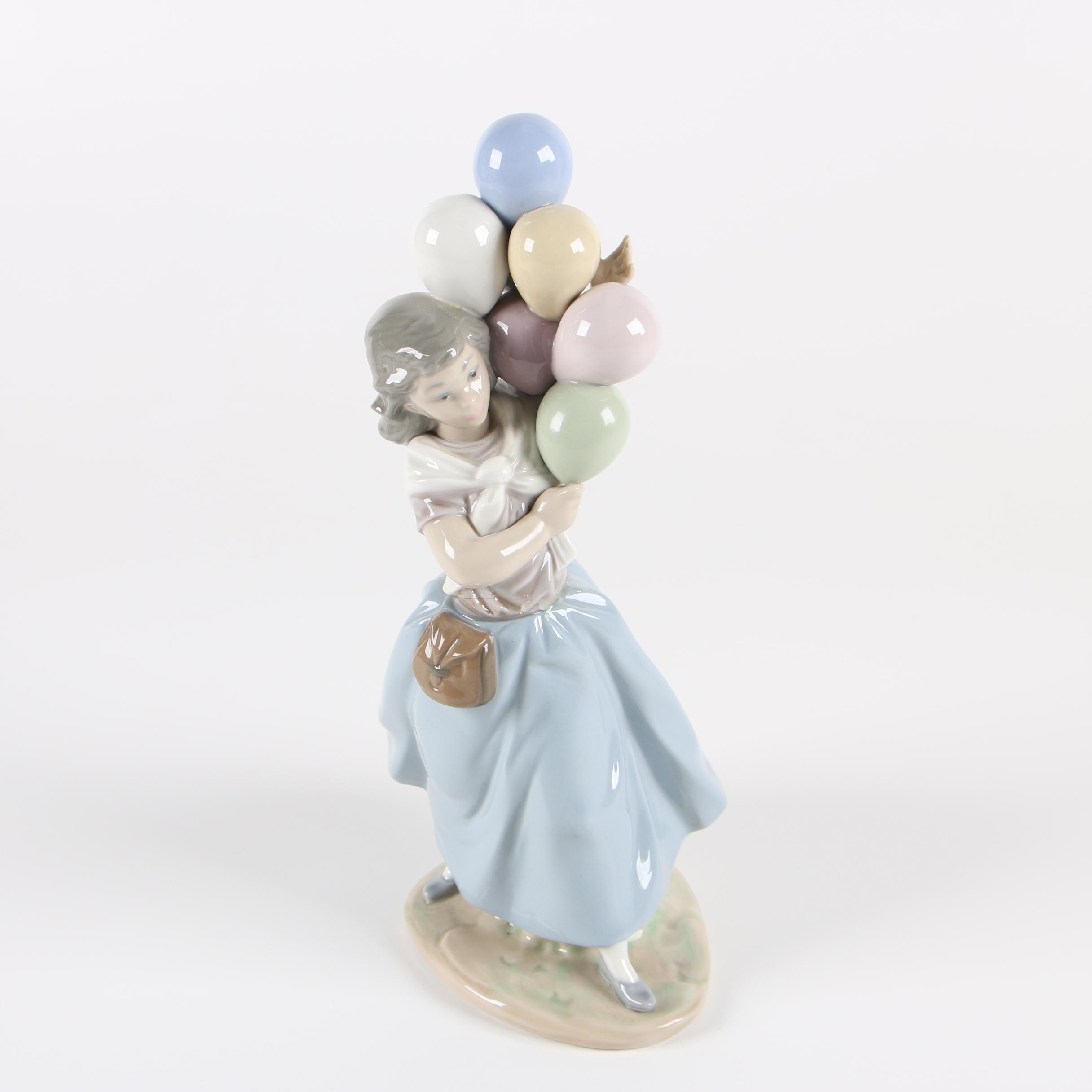 "Lladró ""Balloon Seller"" Porcelain Figurine, Circa 1980s"
