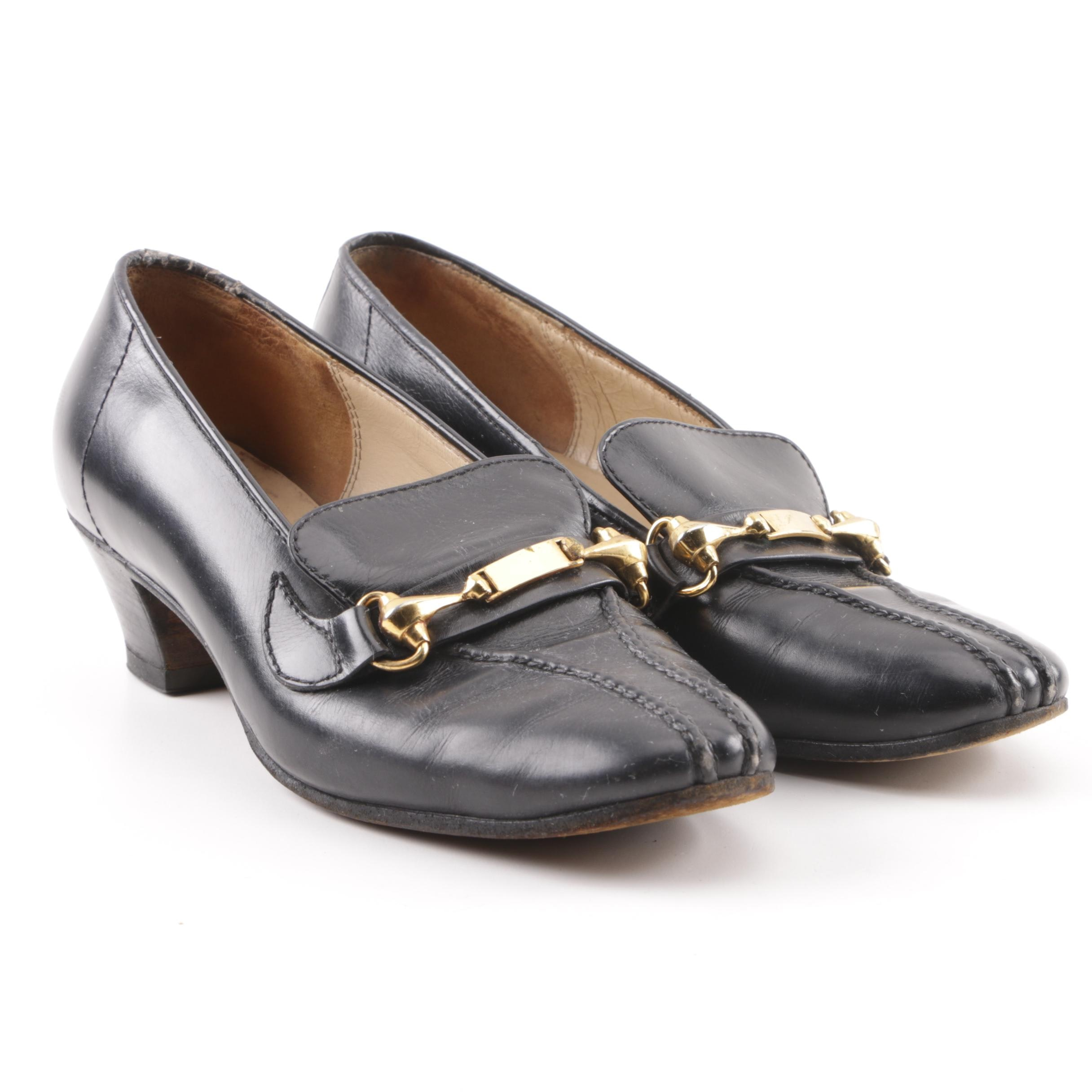 Circa 1960s Vintage Gucci Black Leather Horsebit Low Heel Pumps