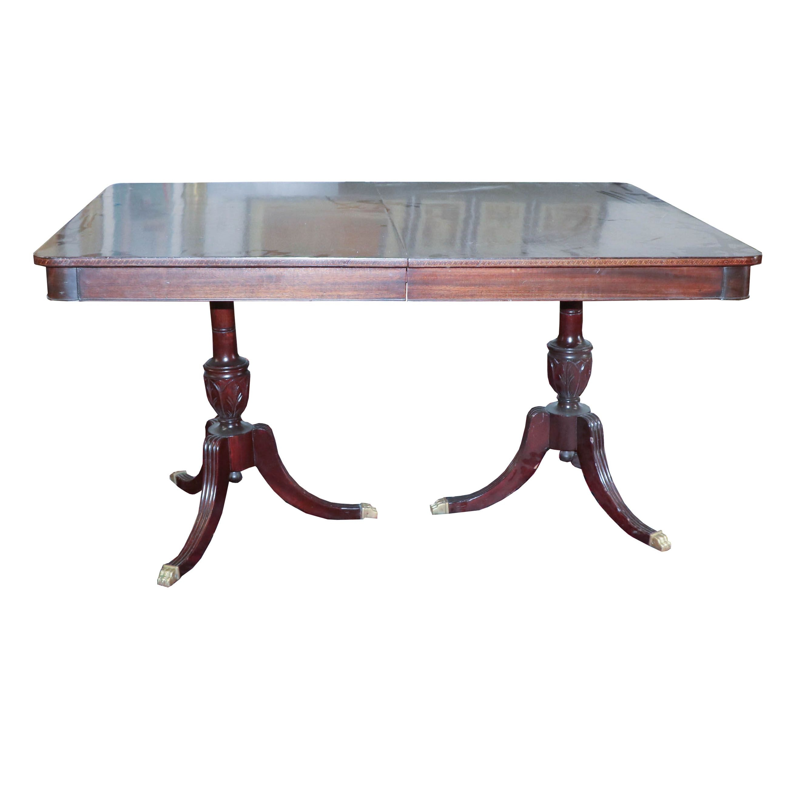 Federal Style Mahogany Dining Table with Extension Leaves, 20th Century