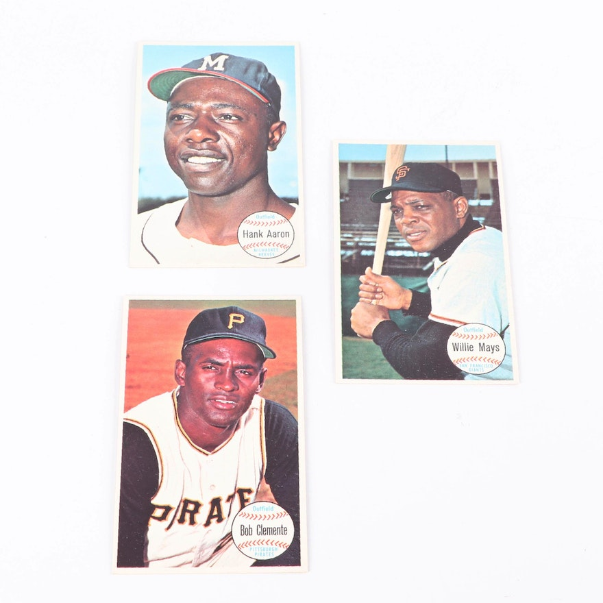 1964 Hank Aaron Willie Mays And Bob Clemente Topps Giants Cards