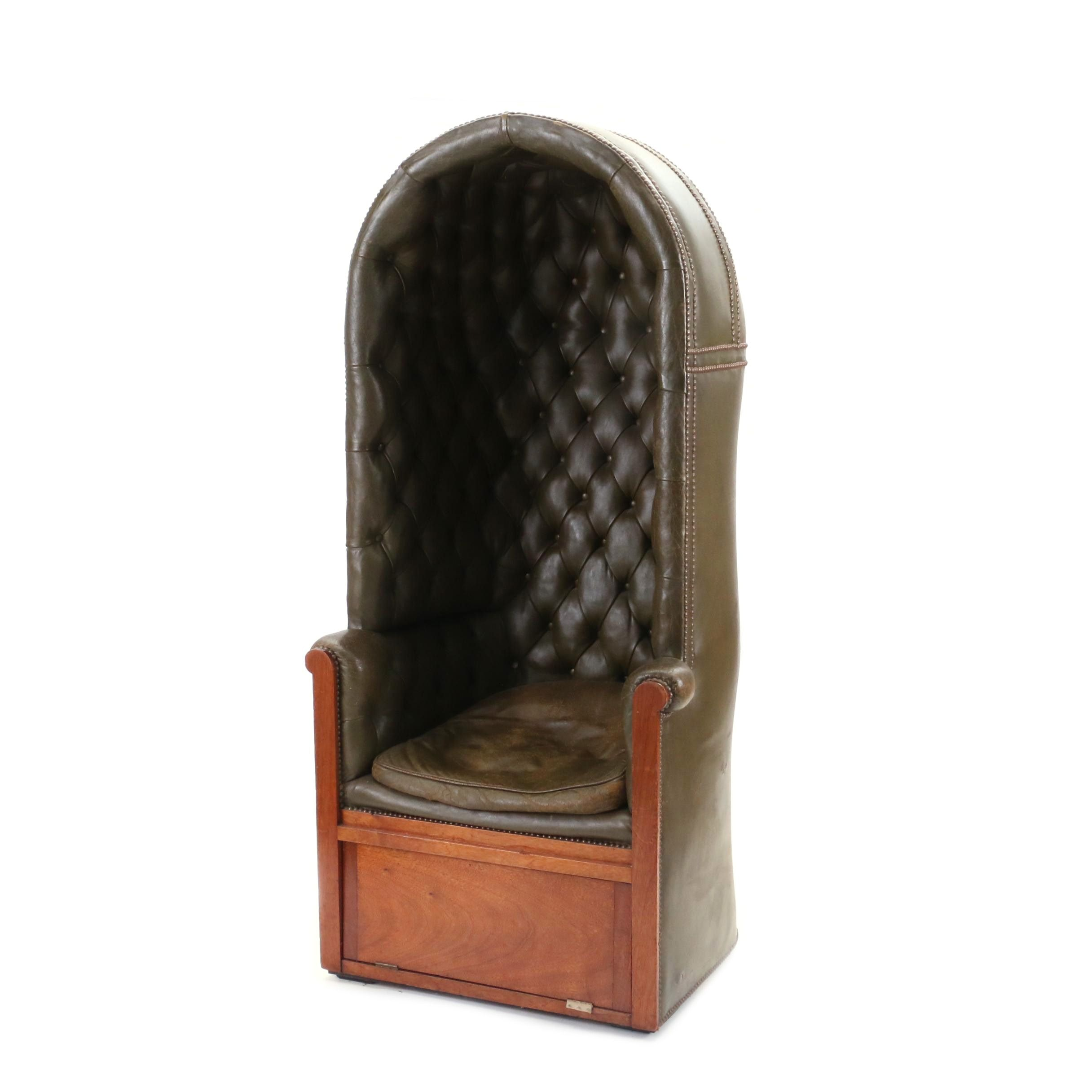 English Tufted Leather Porter's Chair, Early 20th Century