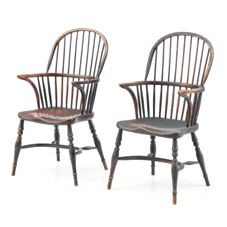 Pair of Painted Wood Windsor Chairs, Early 20th Century