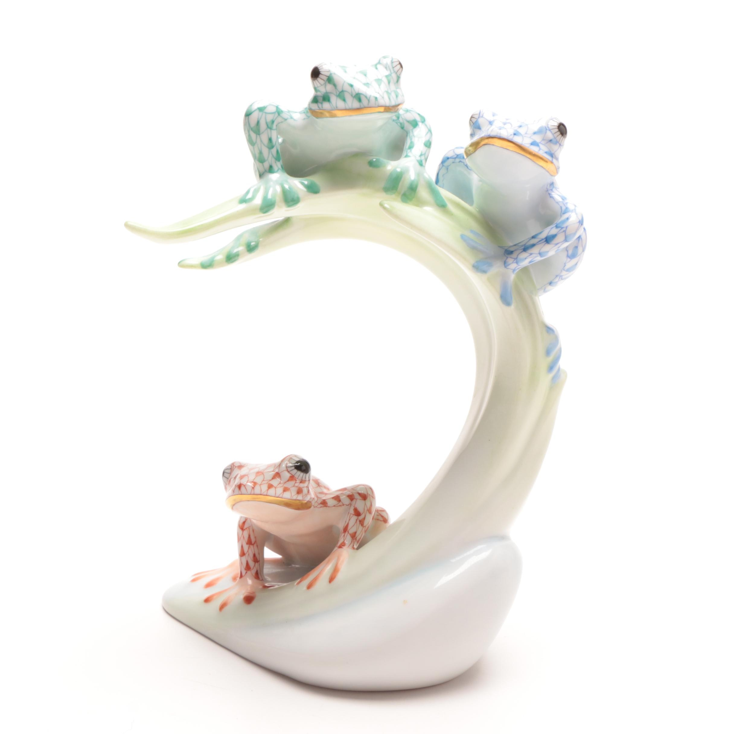 """Herend """"Three Tree Frogs on a Palm Leaf"""" Figurine"""