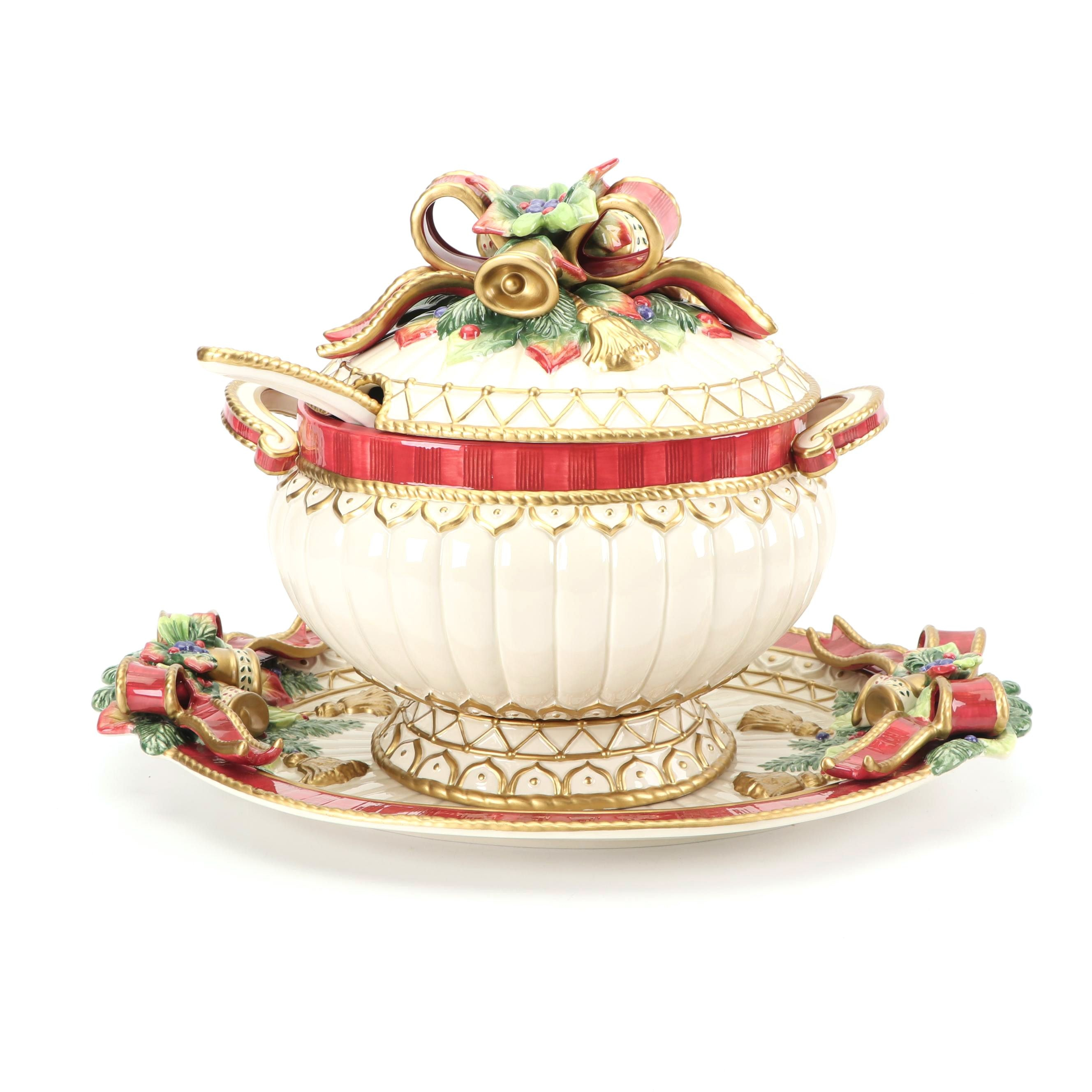 """Fitz and Floyd """"Christmas Deer"""" Ceramic Soup Tureen and Platter"""