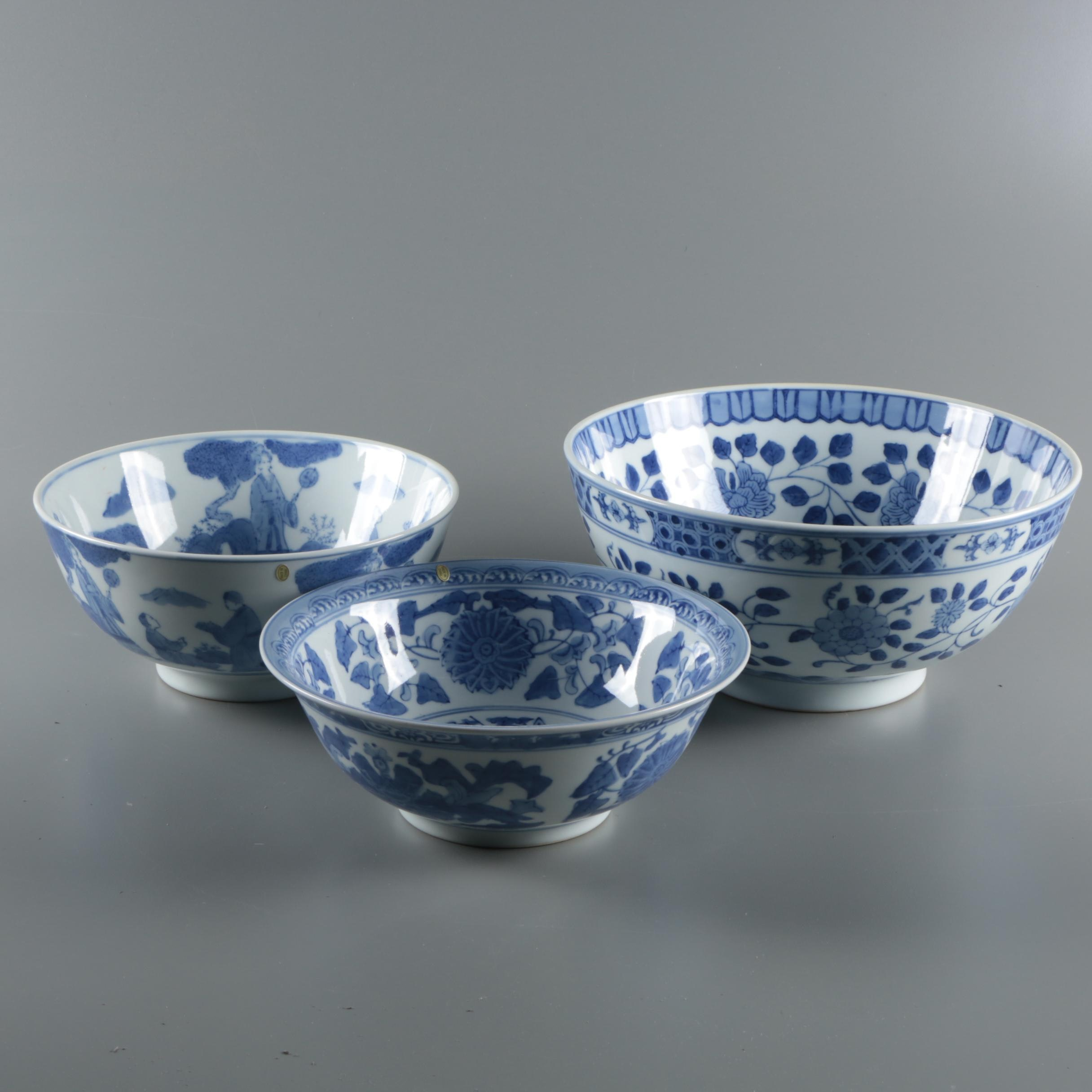 Chinese Export Blue and White Porcelain Bowls