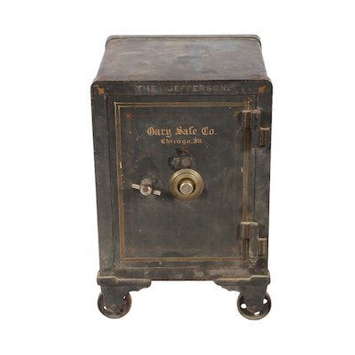 Late 1800s - Early 1900s Antique Cary Safe Co. of Chicago Safe with Castor  Feet - EVERYTHING BUT THE HOUSE Online Estate Sales : EBTH