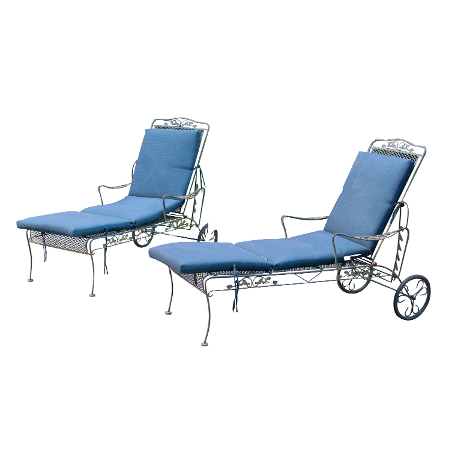 Pair of Outdoor Chaise Lounge Chairs