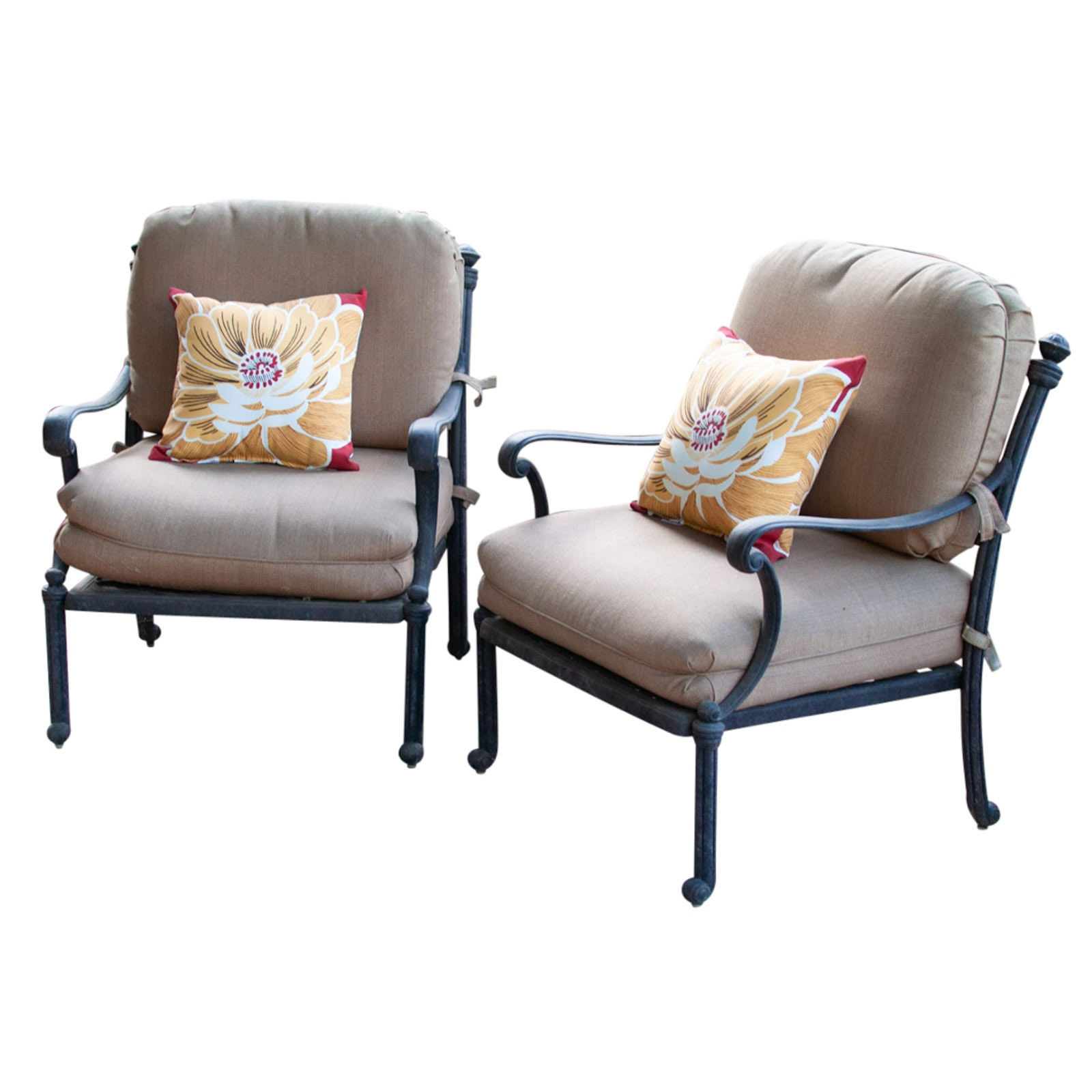 Pair of Outdoor Armchairs with Cushions and Accent Pillows