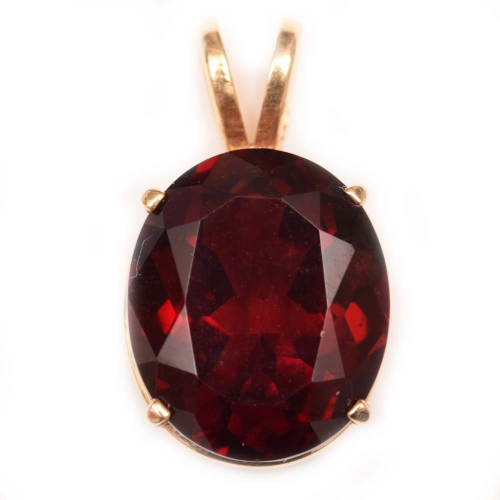 14K Yellow Gold and 5.57 CT Garnet Pendant