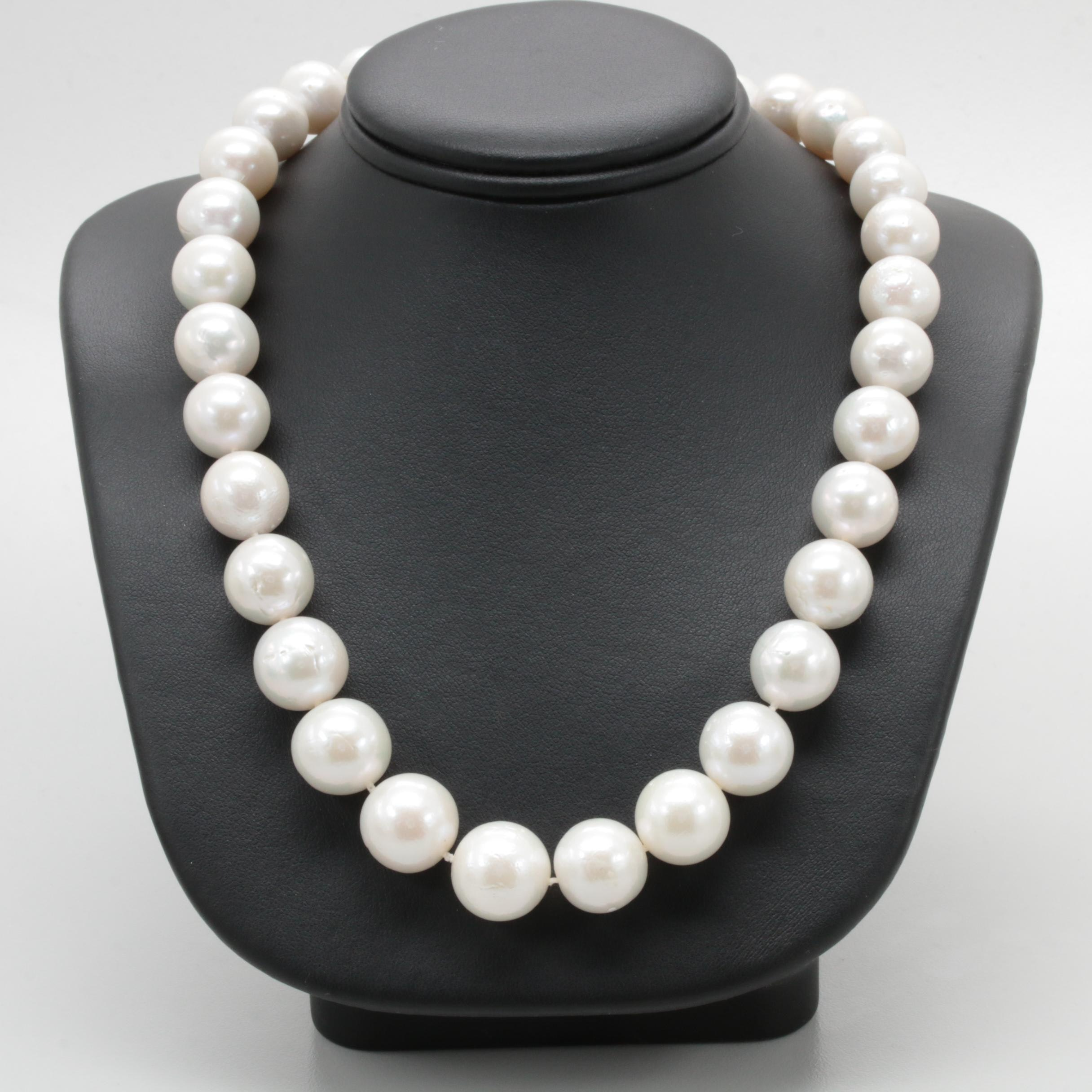 14K Yellow Gold Cultured Pearl and Agate Single Strand Necklace