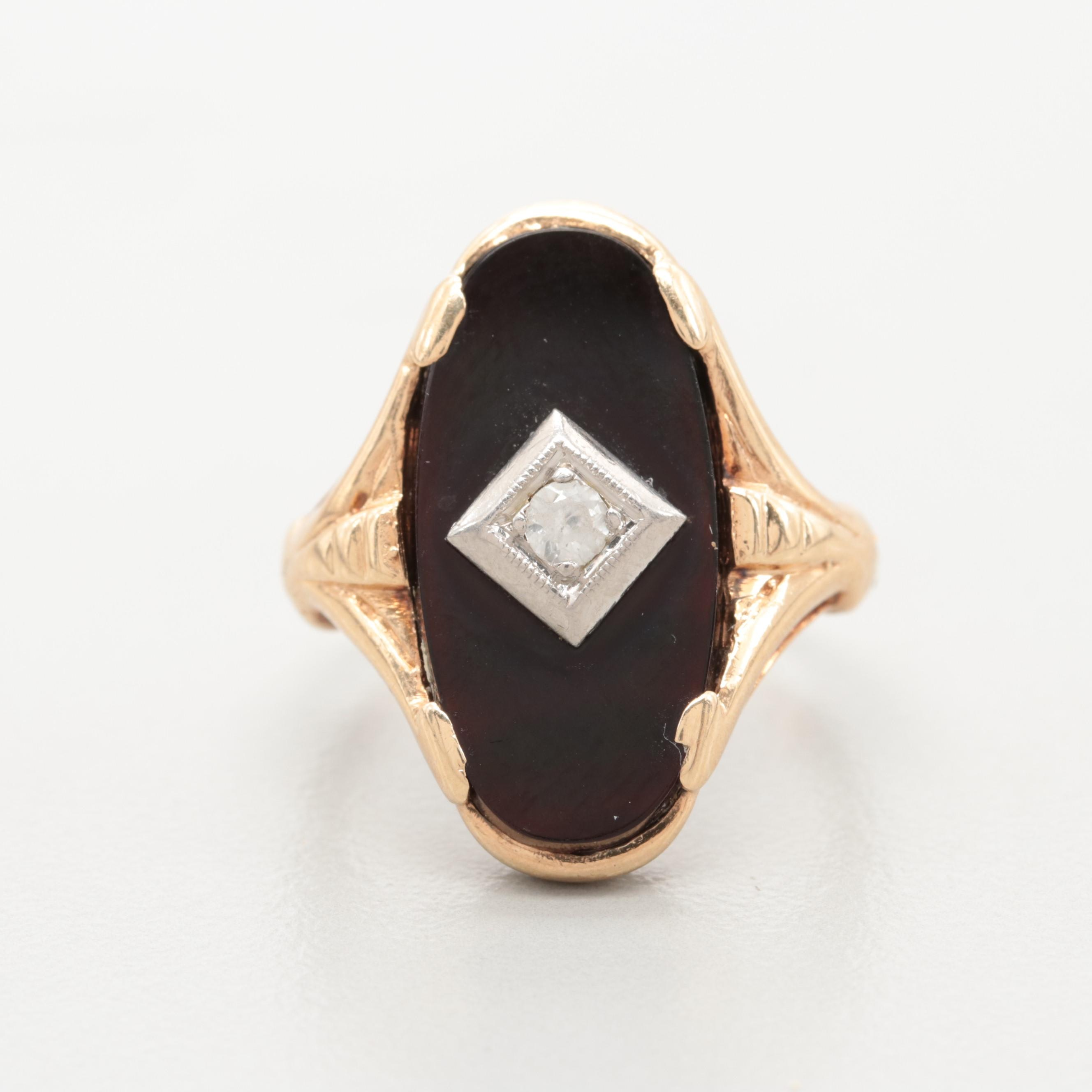 Vintage 10K Yellow Gold White Sapphire and Black Onyx Ring