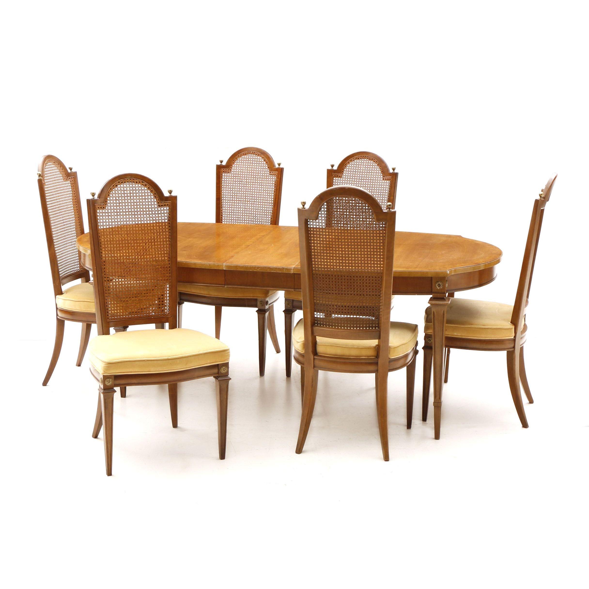 Mediterranean Style Pecan Dining Set by Thomasville Furniture, 20th Century