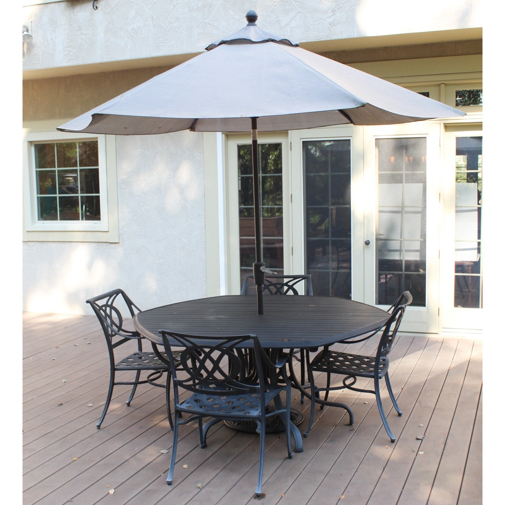 "Contemporary ""Cádiz"" Cast Aluminum Patio Set by Telescope Casual with Umbrella"