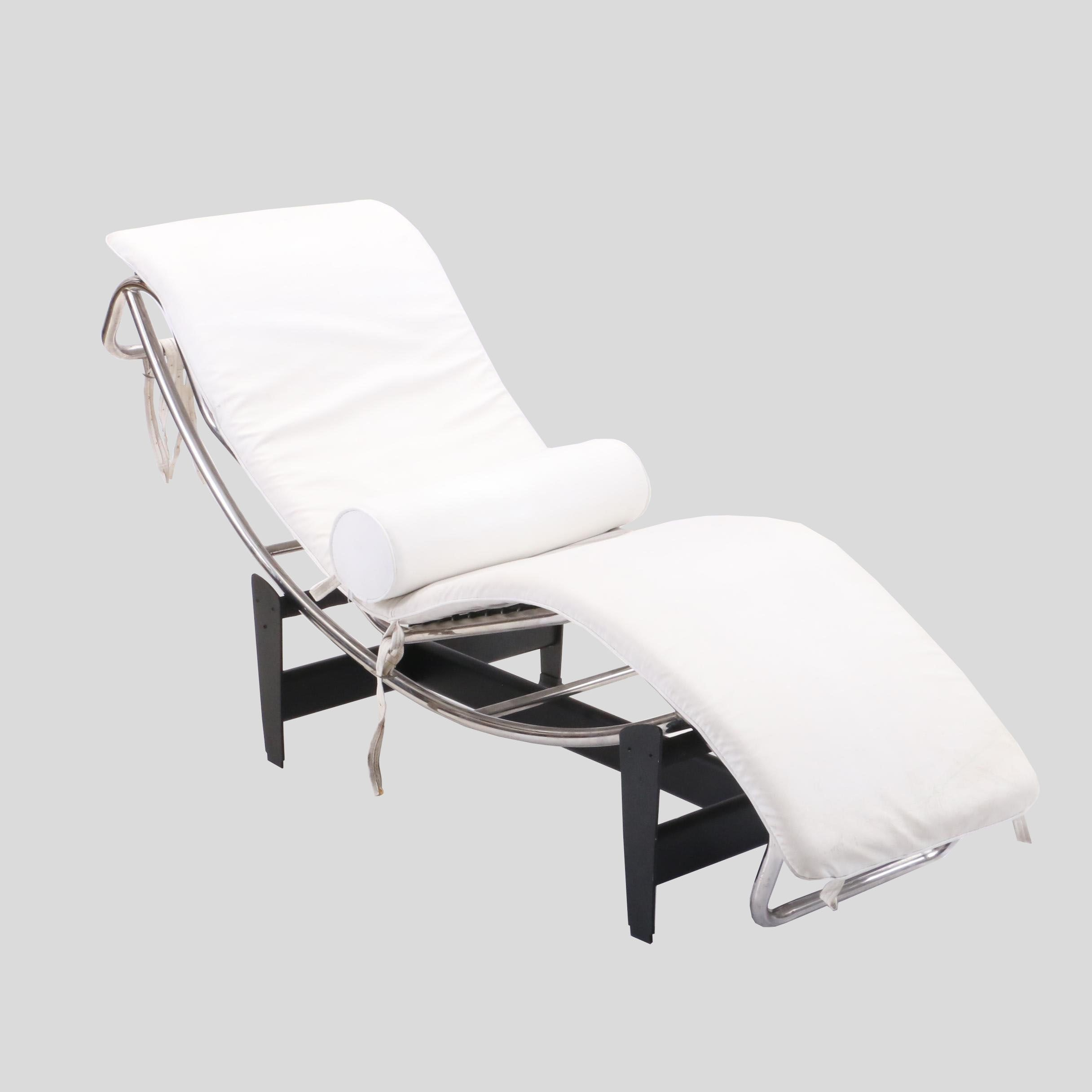 Le Corbusier Style Chaise Lounge Chair, Mid-20th Century
