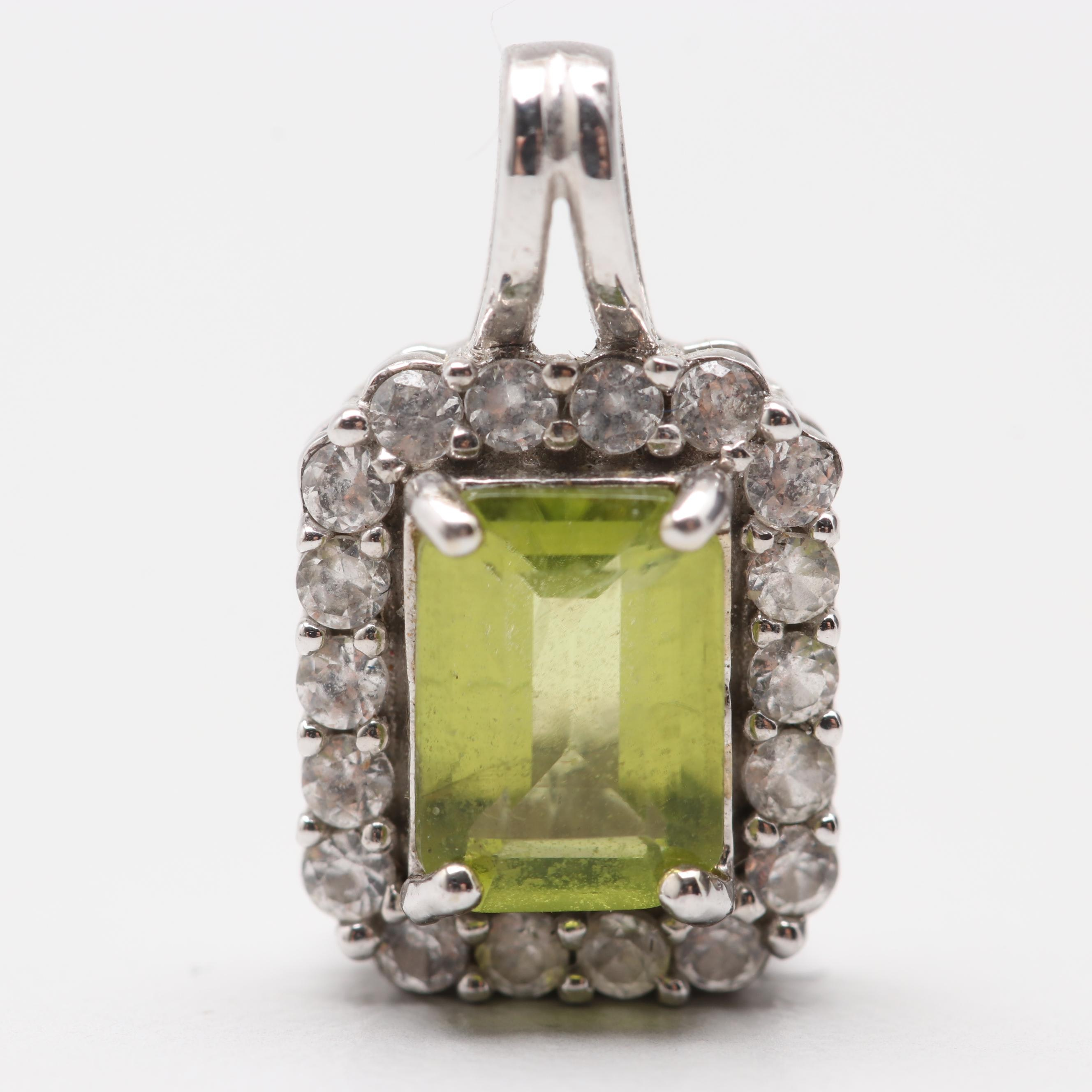 10K White Gold Peridot and White Topaz Pendant