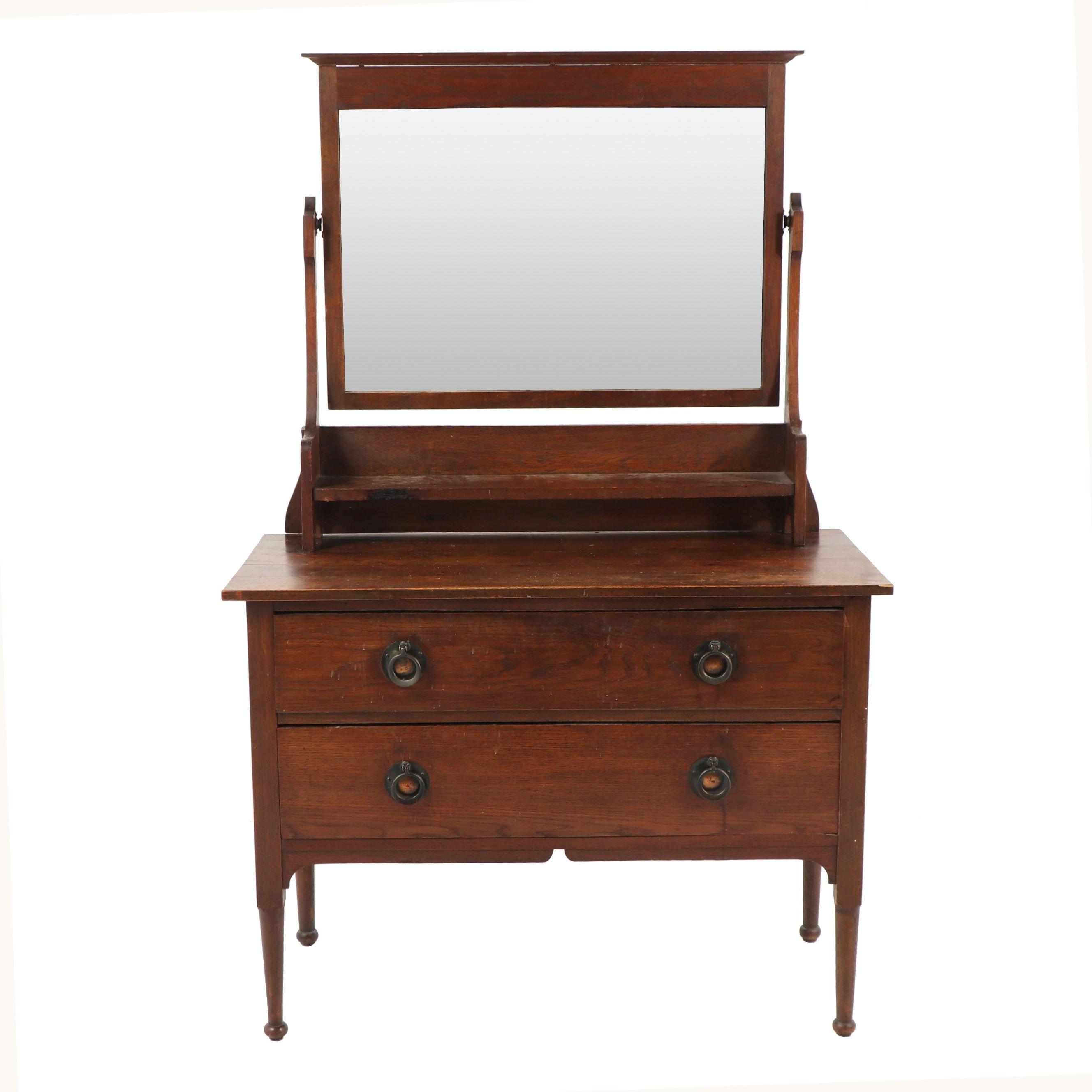 Walnut Dresser with Adjustable Mirror, Early 19th Century