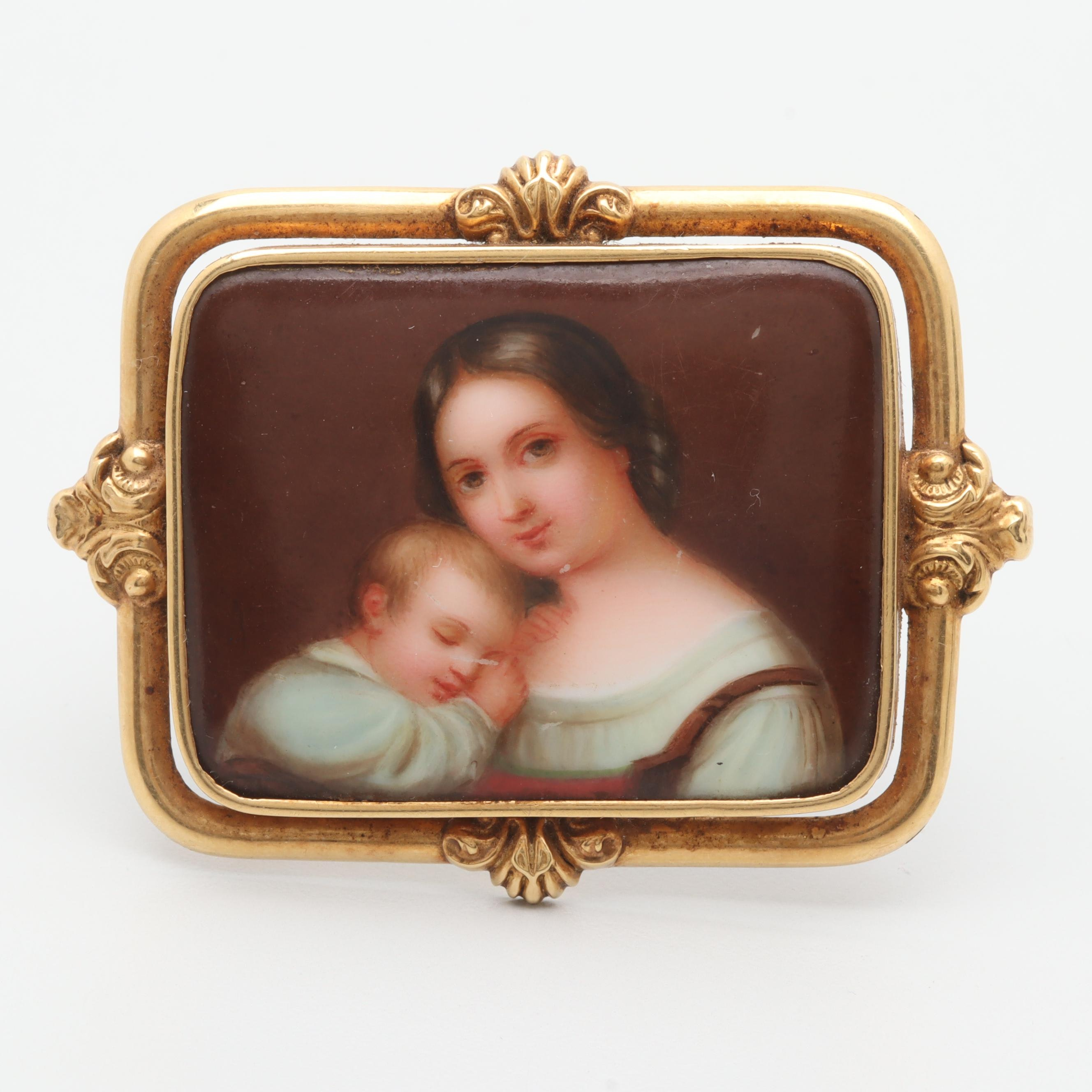 Early Victorian 14K Yellow Gold Ceramic Brooch