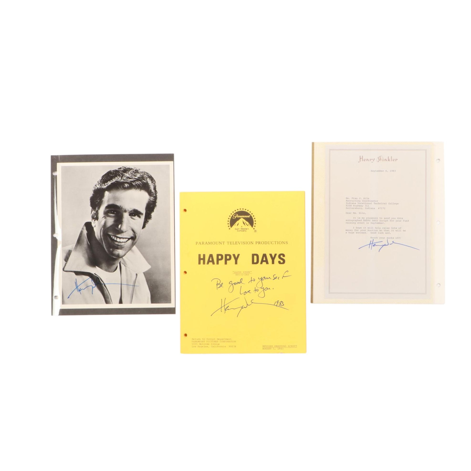 """1983 Henry """"Fonzie"""" Winkler Signed """"Happy Days"""" TV Script and Photo Print"""