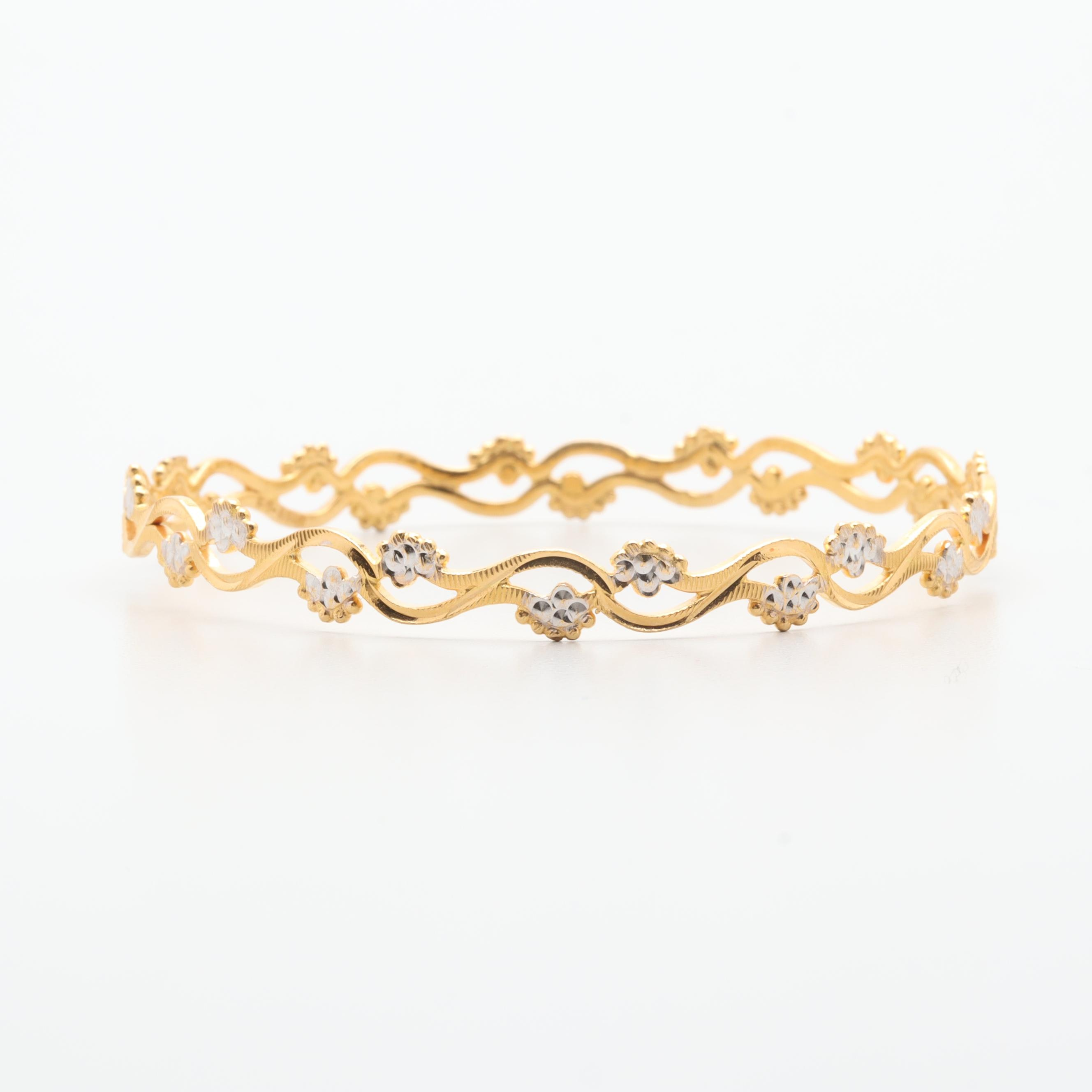 14K Yellow Gold Foliate Bangle Bracelet with White Gold Accents