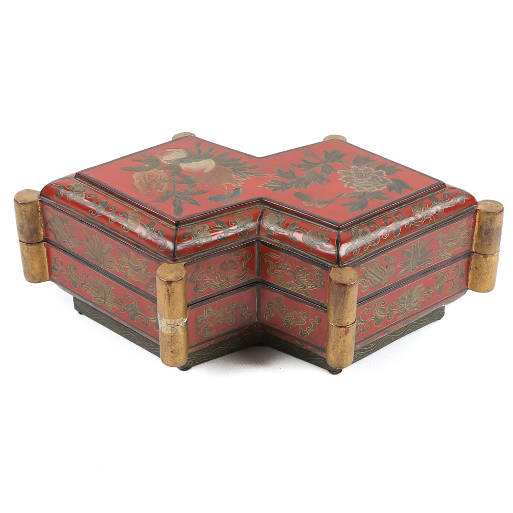 Chinese Lacquered Trinket Box