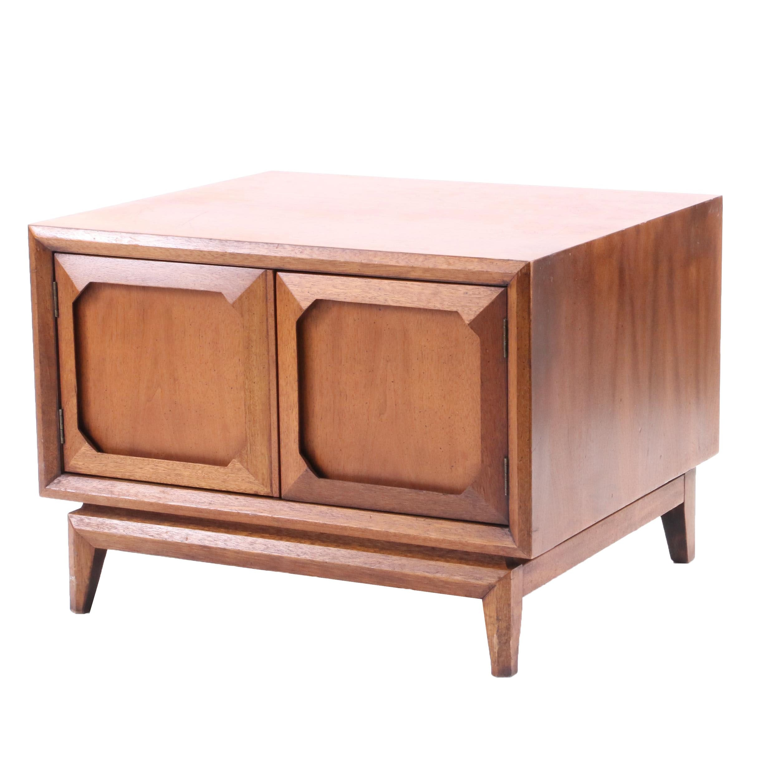 "Mid Century Style Broyhill Premier ""Facet"" Collection Side Table in Walnut"