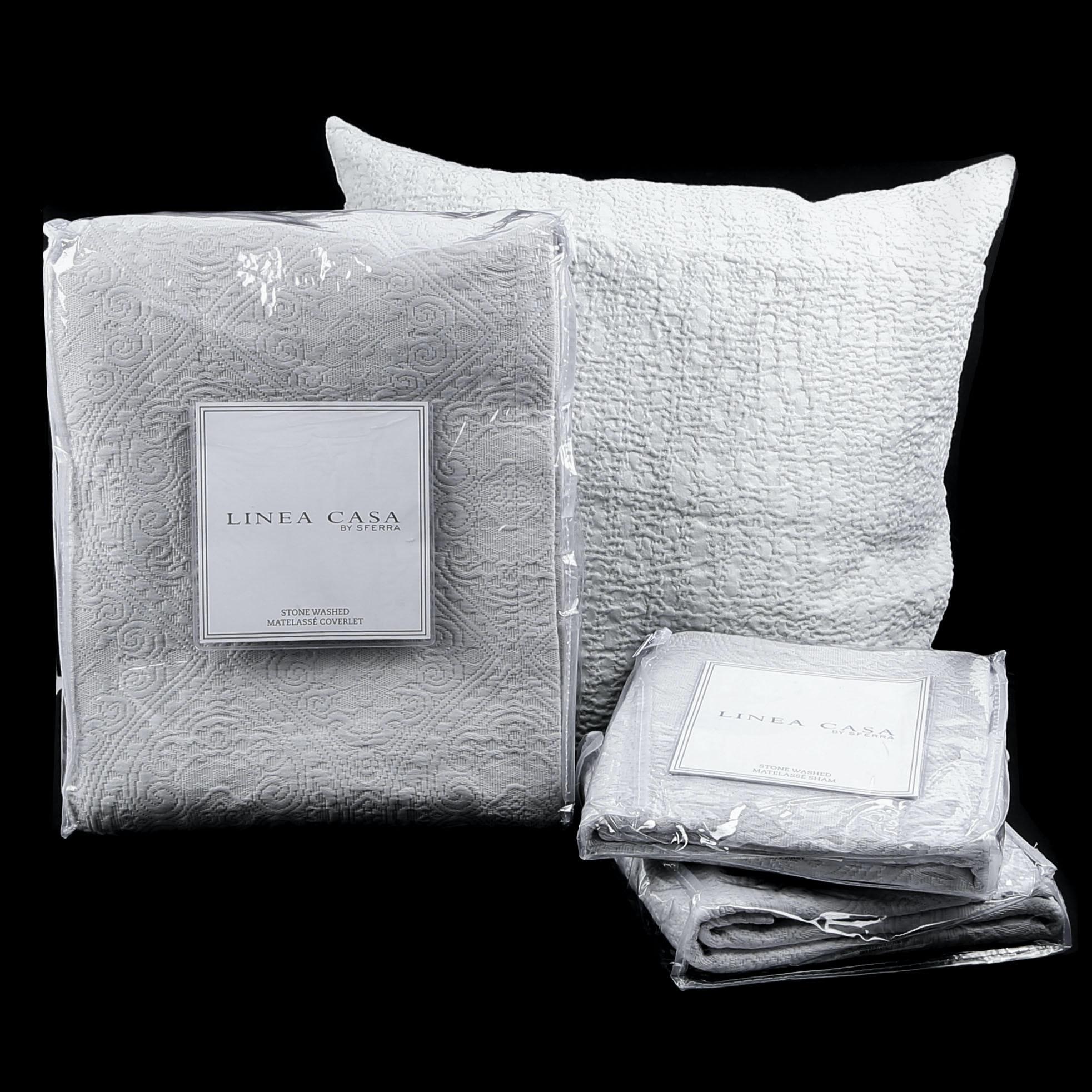 Linea Casa by Sferra Full/Queen Matelassé Coverlet and Sham Set