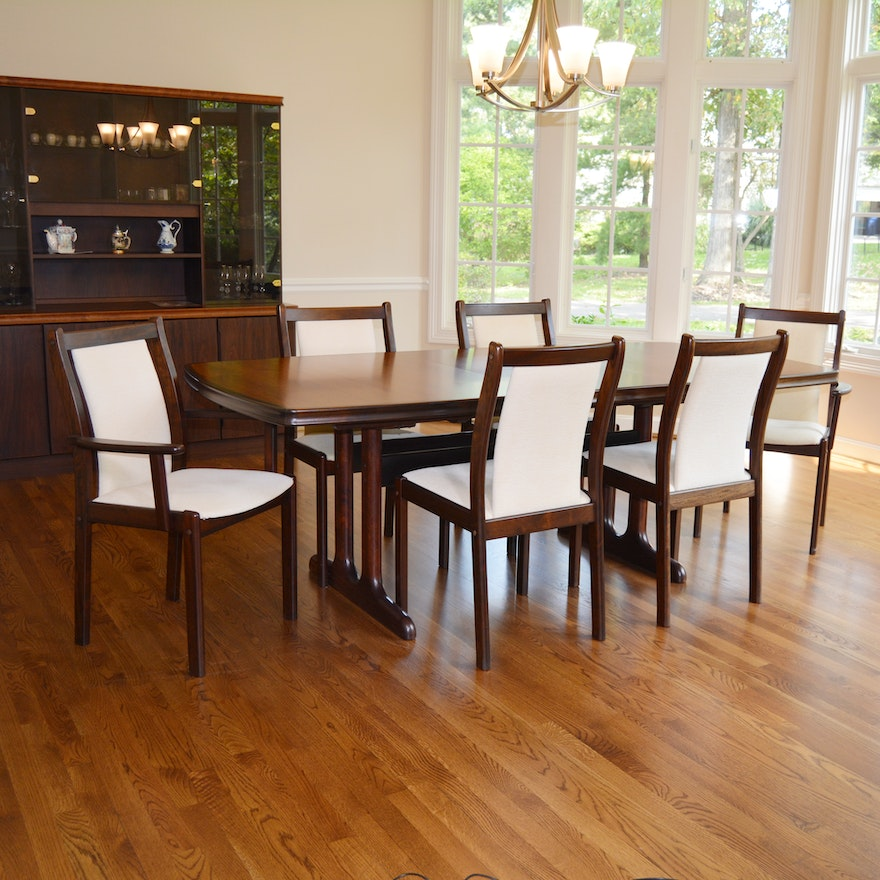 Danish Modern Rosewood Dining Table And Chairs By Boltinge