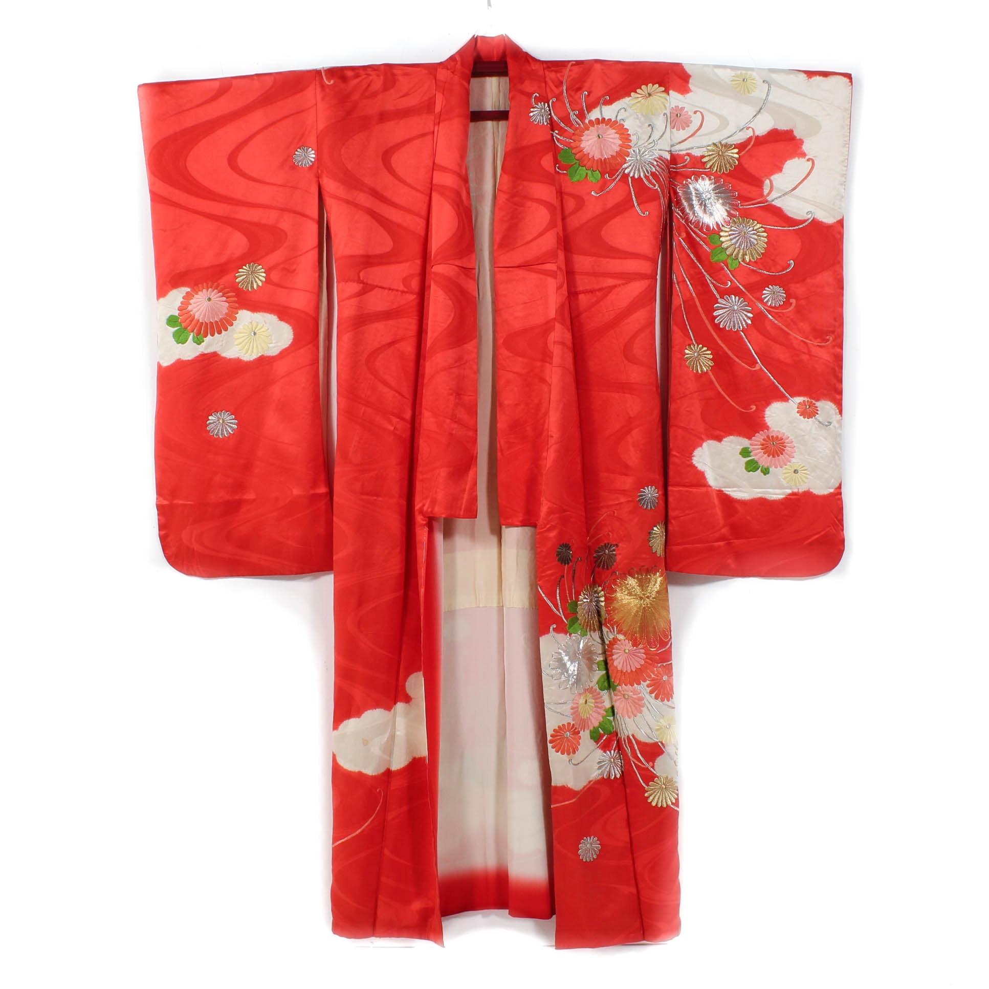 Vintage Embroidered Silk Furisode Kimono