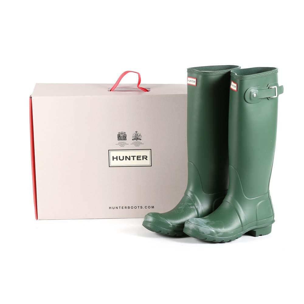 Hunter Original Tall Rain Boots in Hunter Green