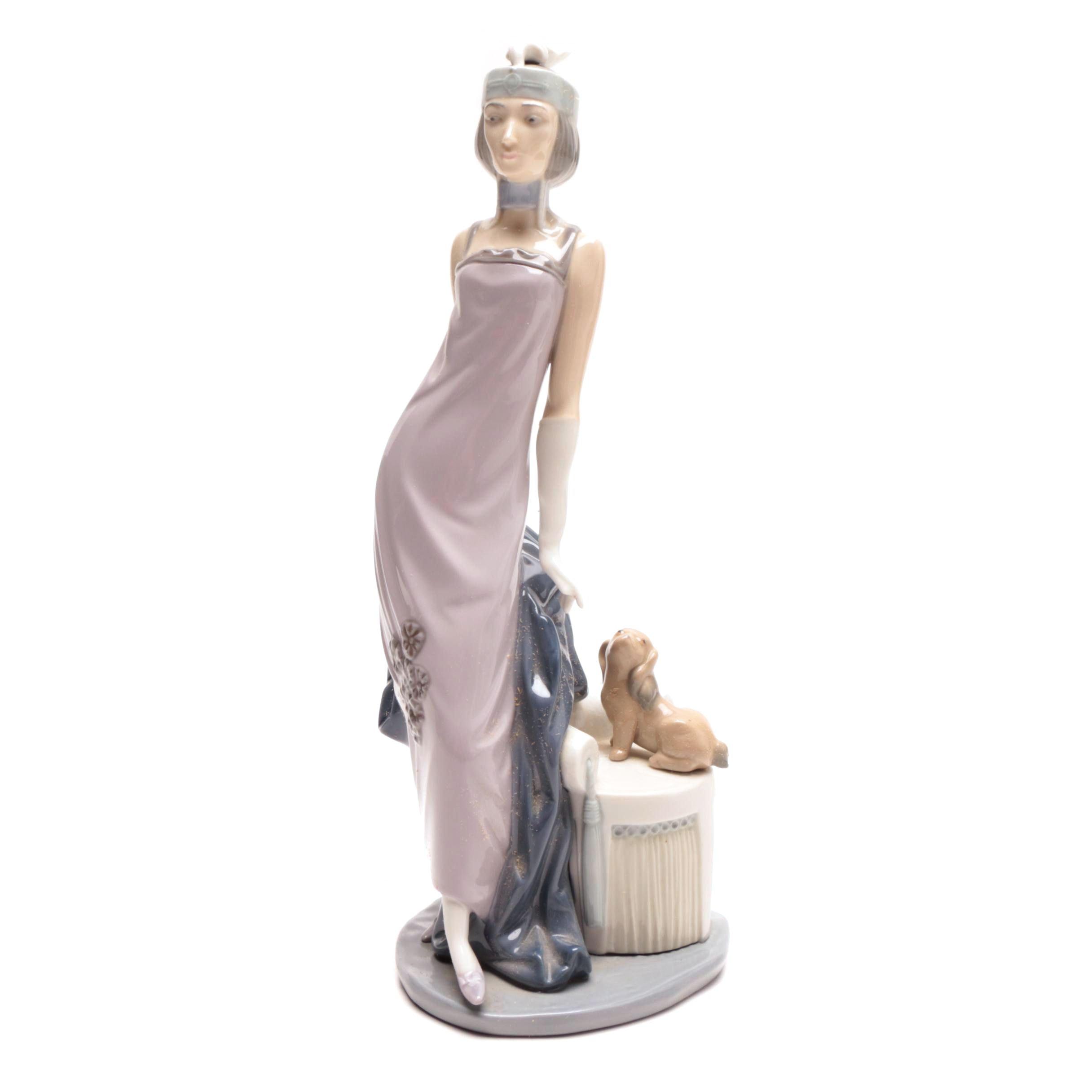 """Lladró """"Couplet Lady Lladró"""" Art Deco Style Porcelain Figurine"""
