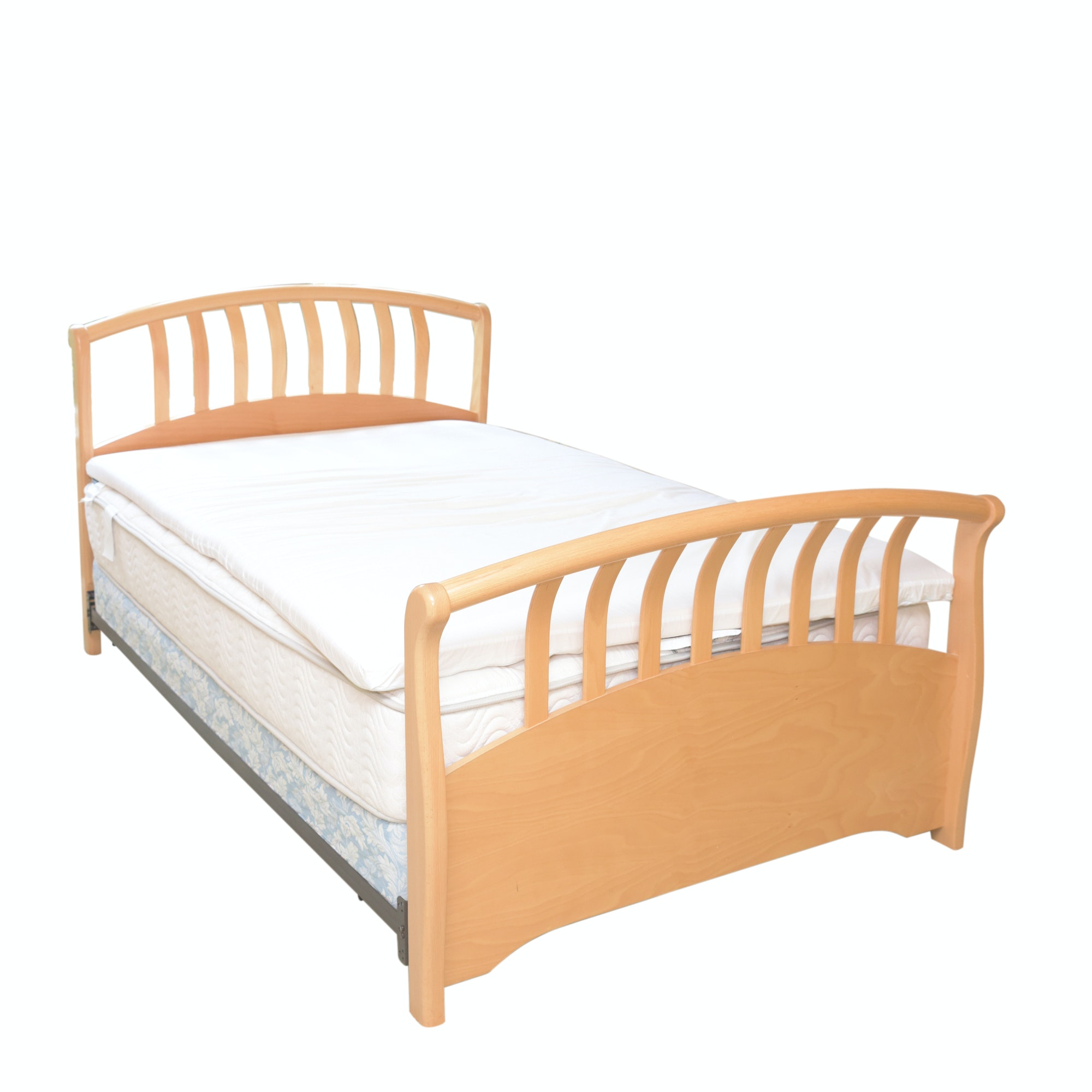 Contemporary Maple Finish Full Size Bed Frame