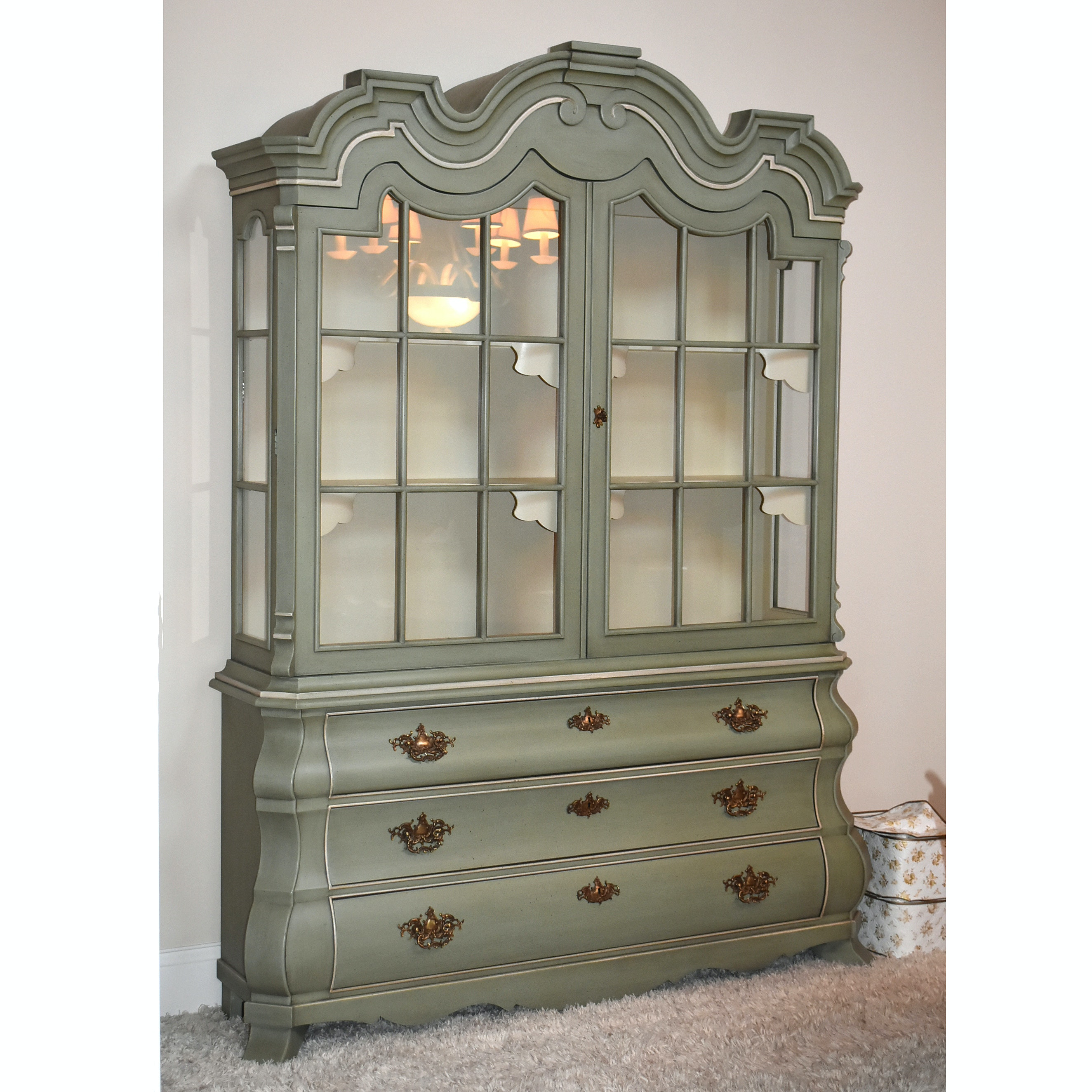Louis XV Style Painted Wood China Cabinet, 20th Century