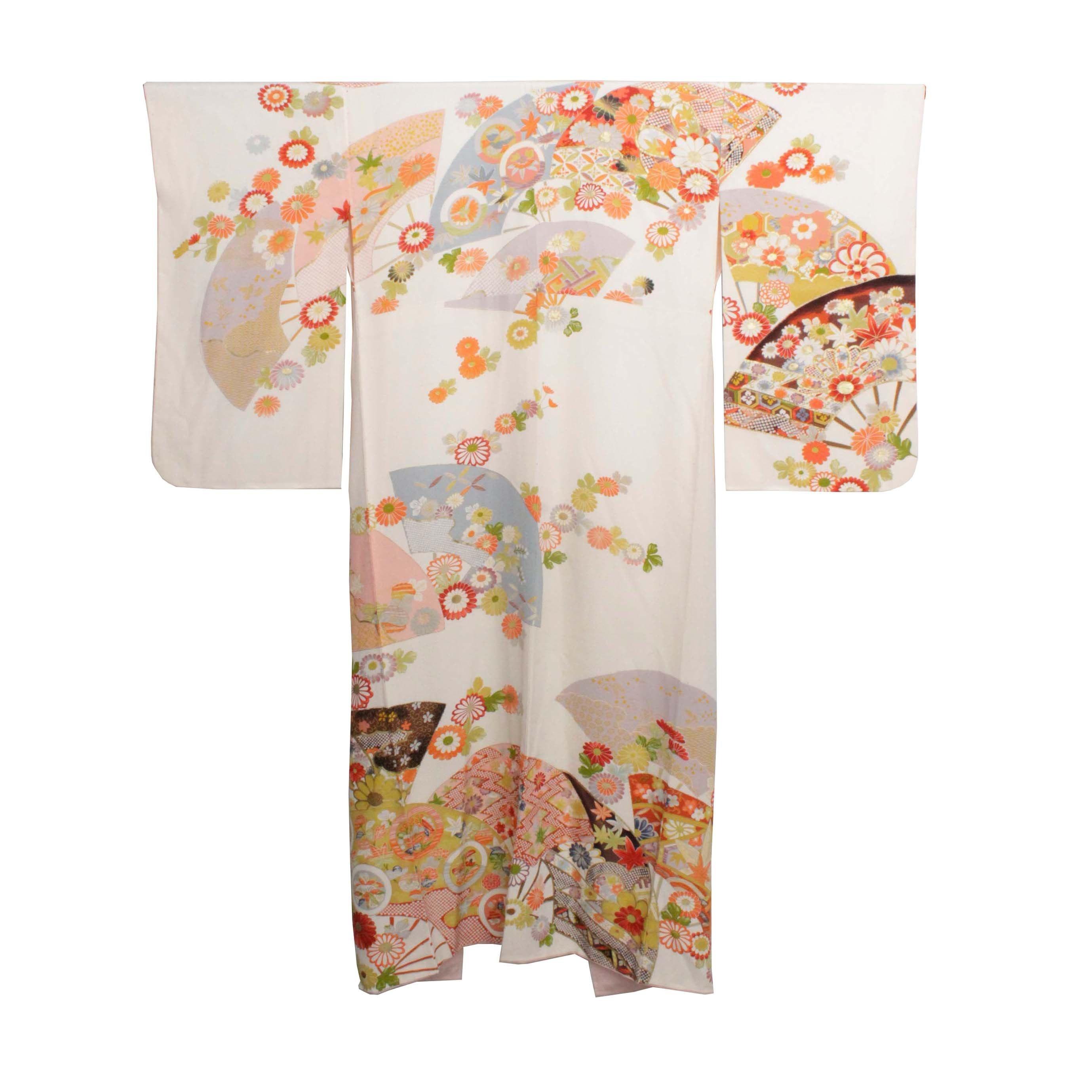 Circa 1940 Vintage Handwoven Silk Crepe Kofurisode Kimono