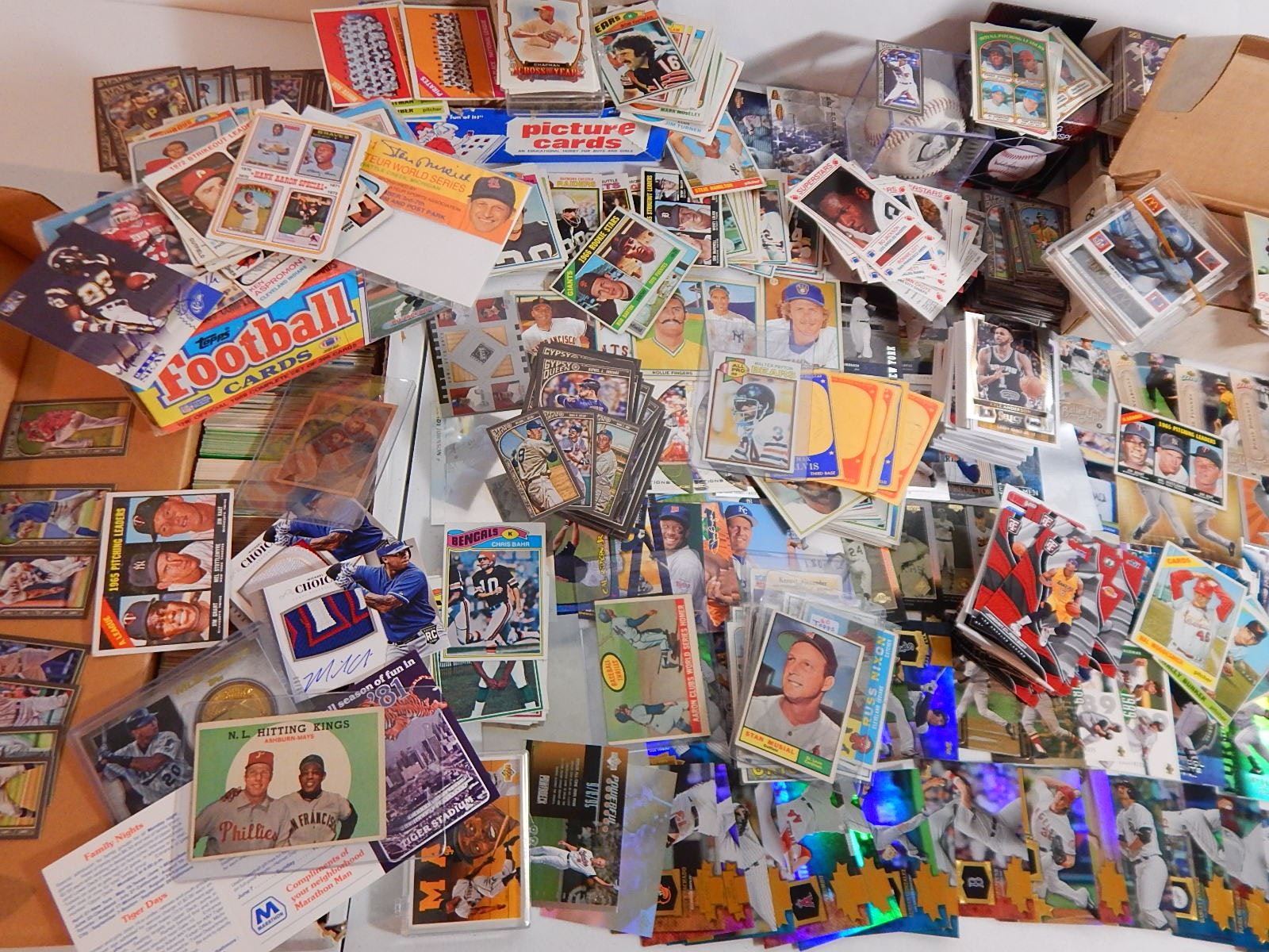 Large Sports Card Collection with 1961 Stan Musial - Over 2000 Cards