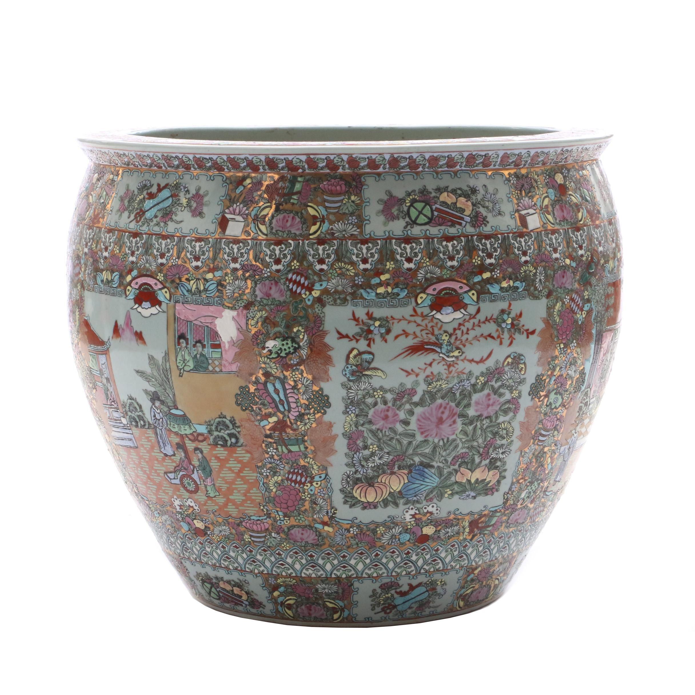 "Chinese ""Rose Medallion"" Ceramic Planter"