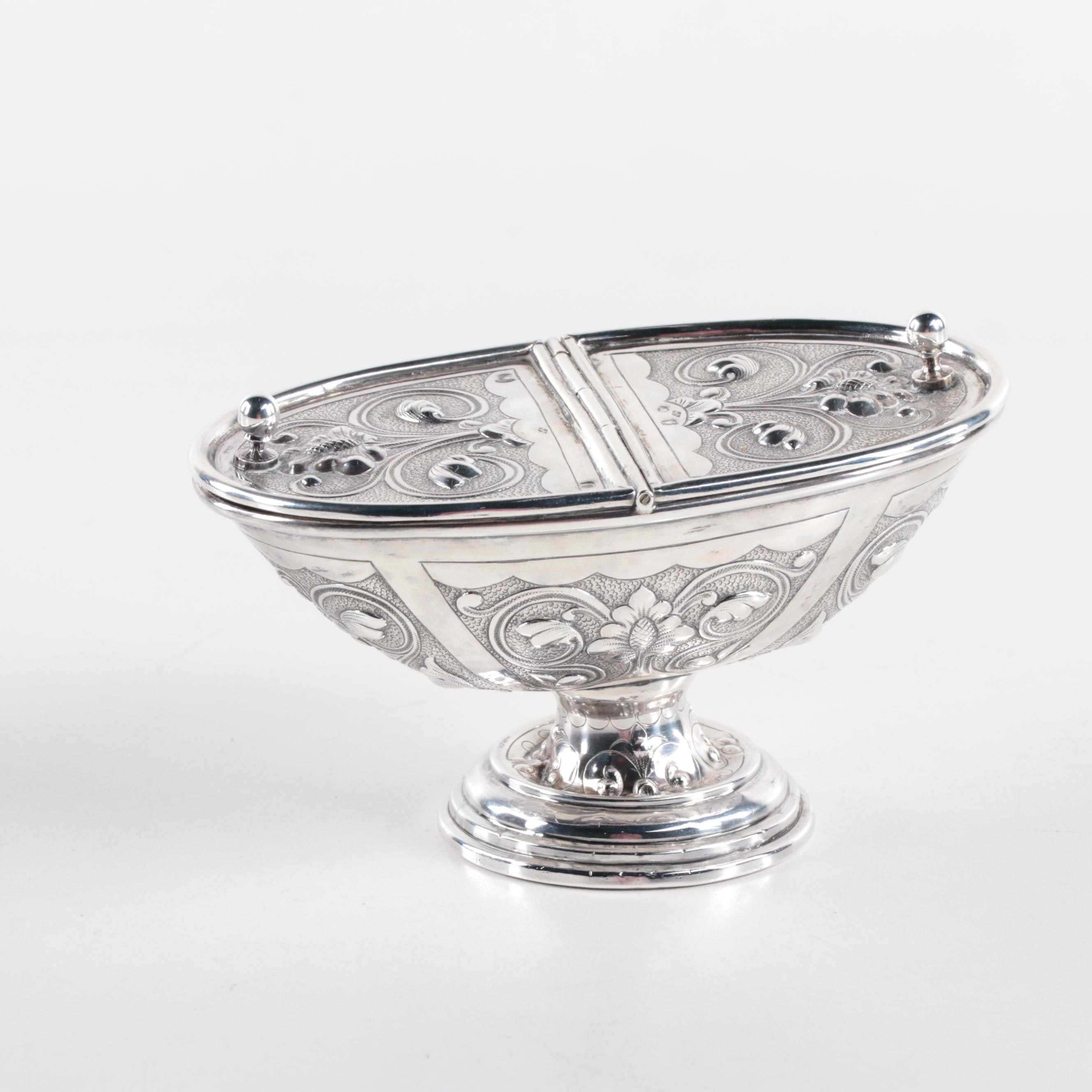 Lucie Goldstein French 950 Silver Lidded Repoussé Sugar Dish, Late 19th Century