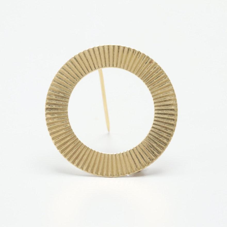 Vintage Carl-Art 14K Yellow Gold Circle Brooch