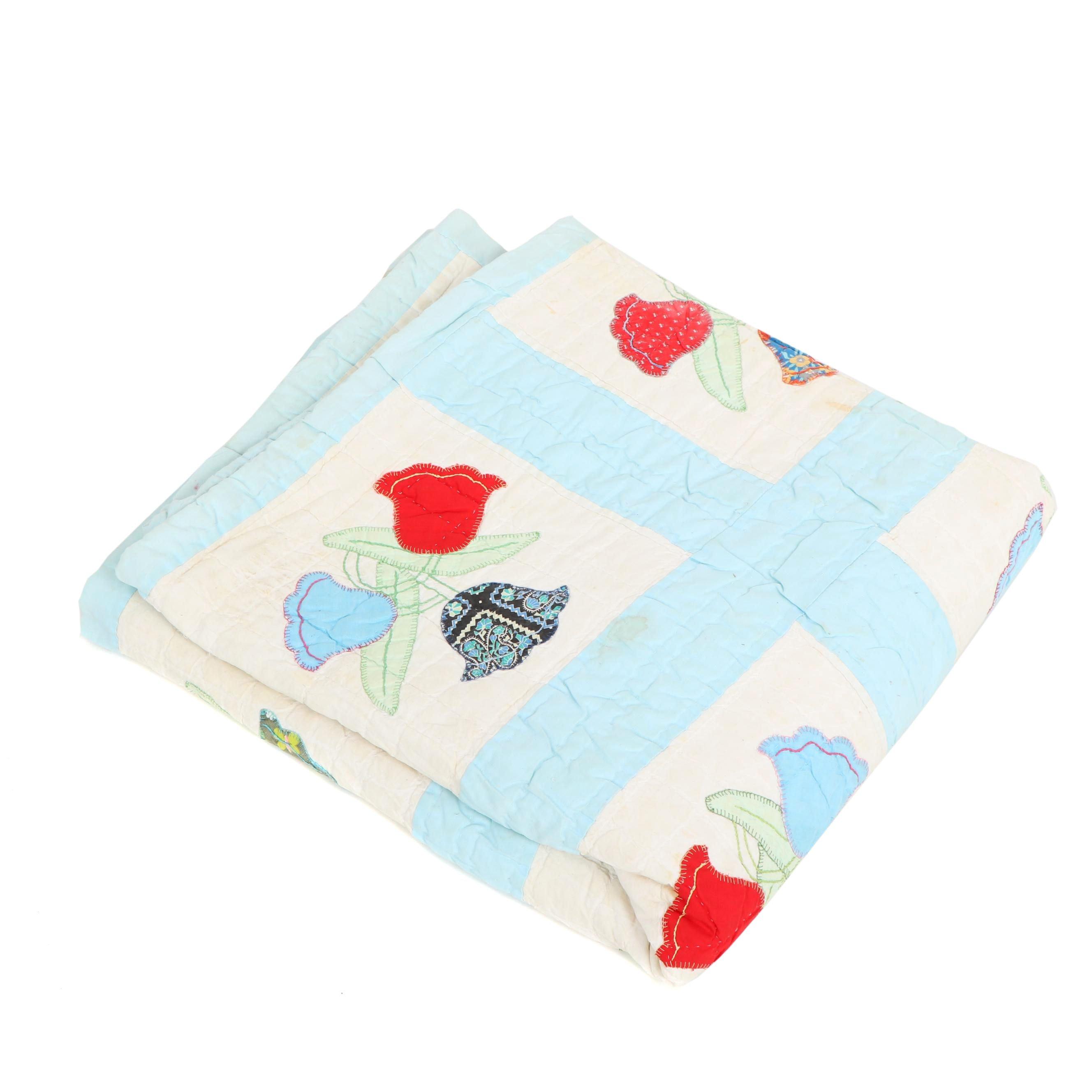 """Handmade """"Tulip"""" Applique Quilt"""