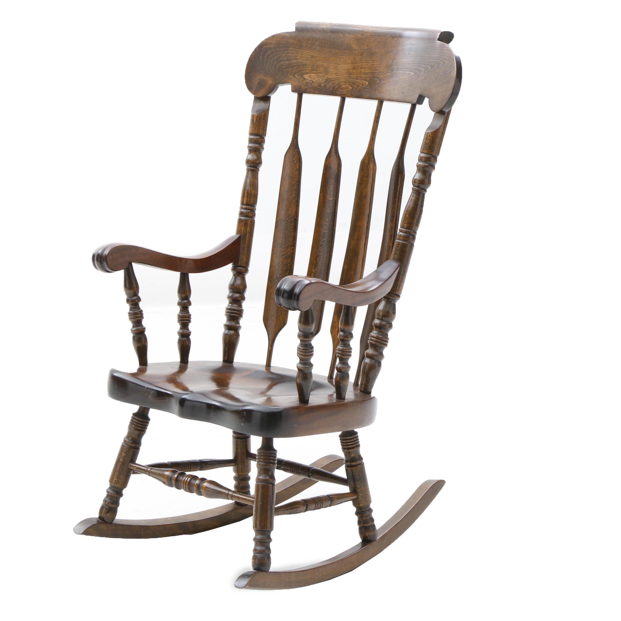 Arrow Back Rocking Chair in Poplar