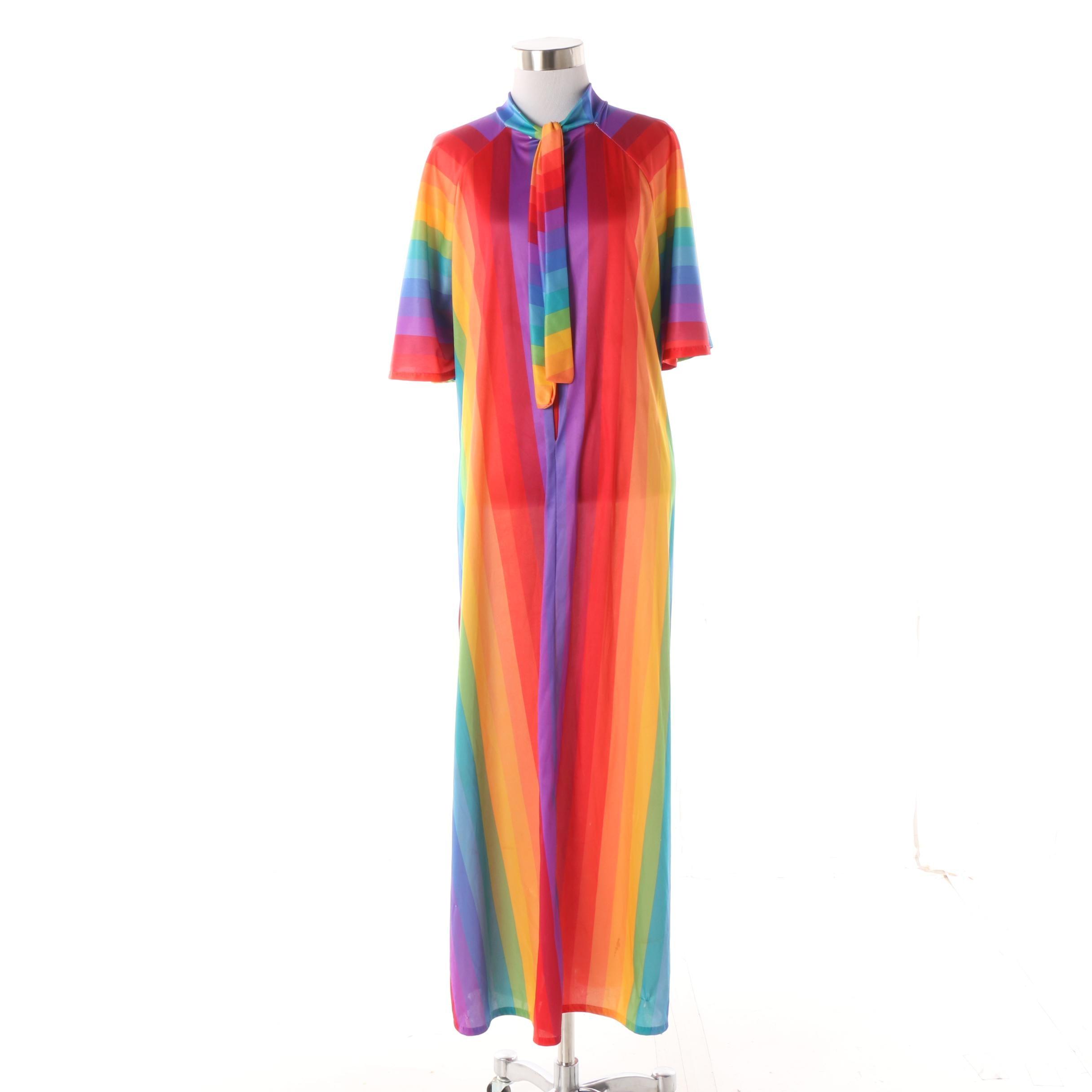 Women's 1970s Vintage Rainbow Stripe Caftan