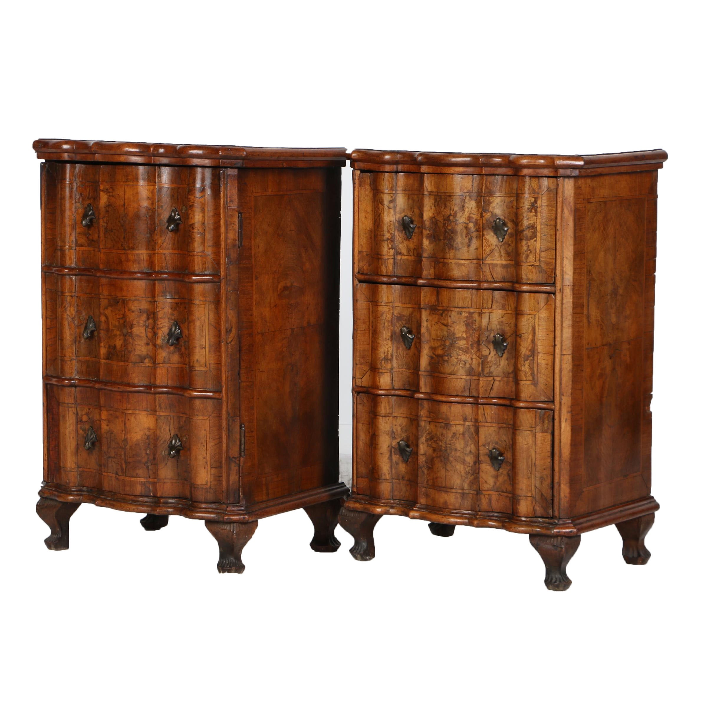 Pair of Italian Rococo Walnut Serpentine-Front Bedside Commodes, 18th Century