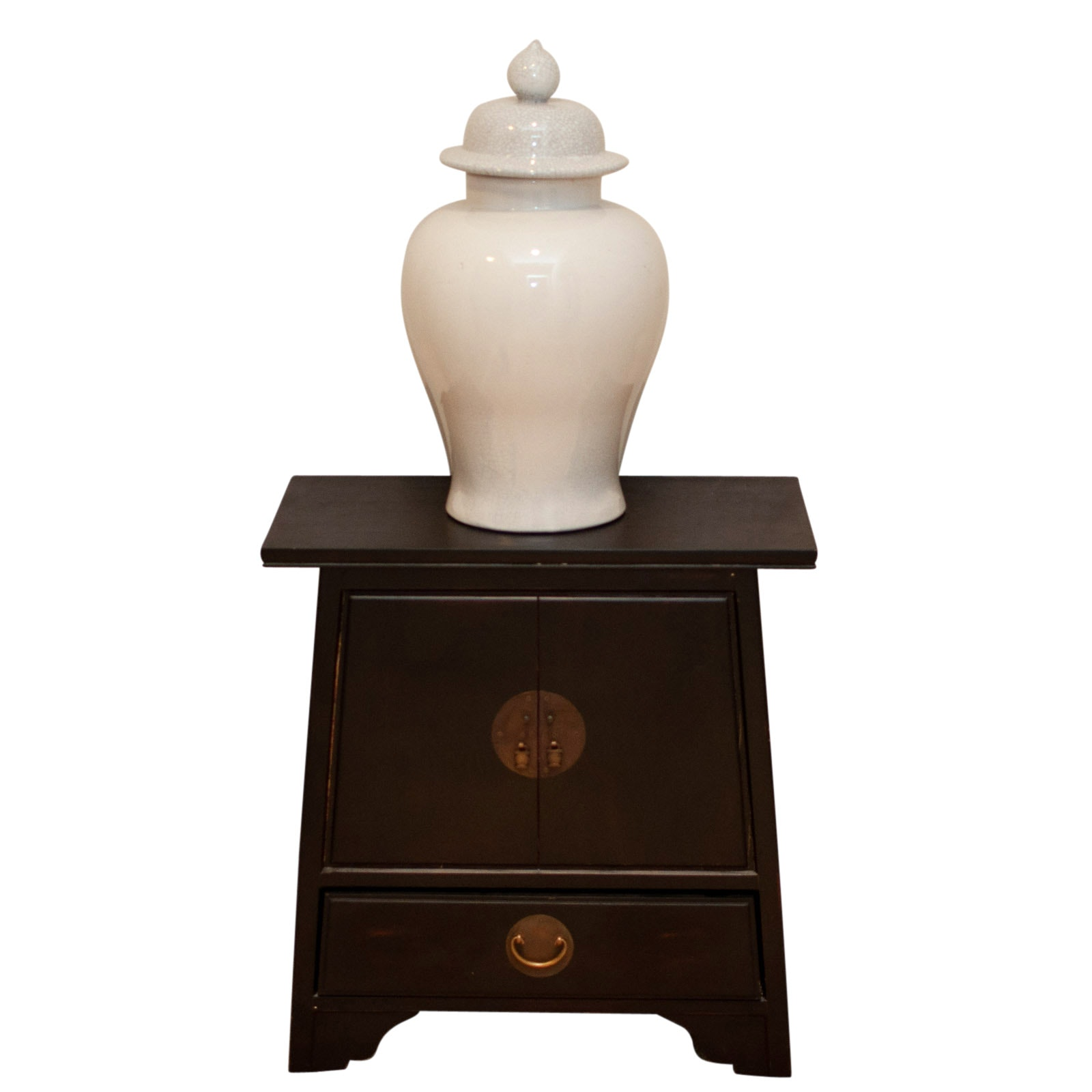 Chinese Style Chest with Chinese Monochrome Lidded Ginger Jar