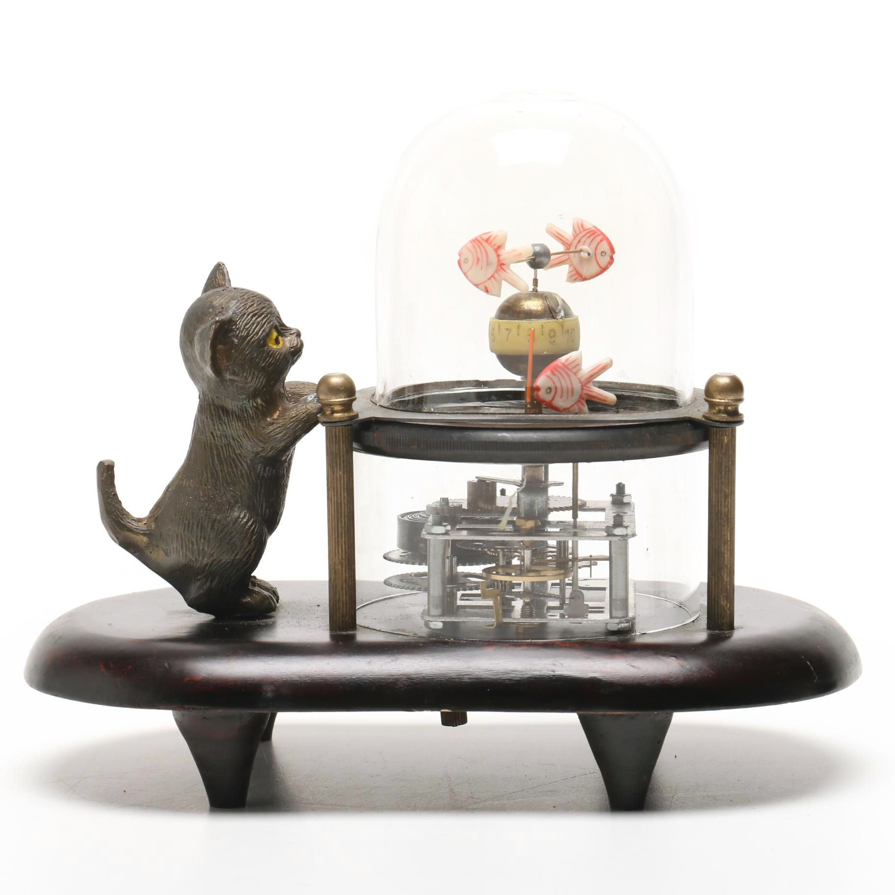 Wind-Up Tabletop Clock