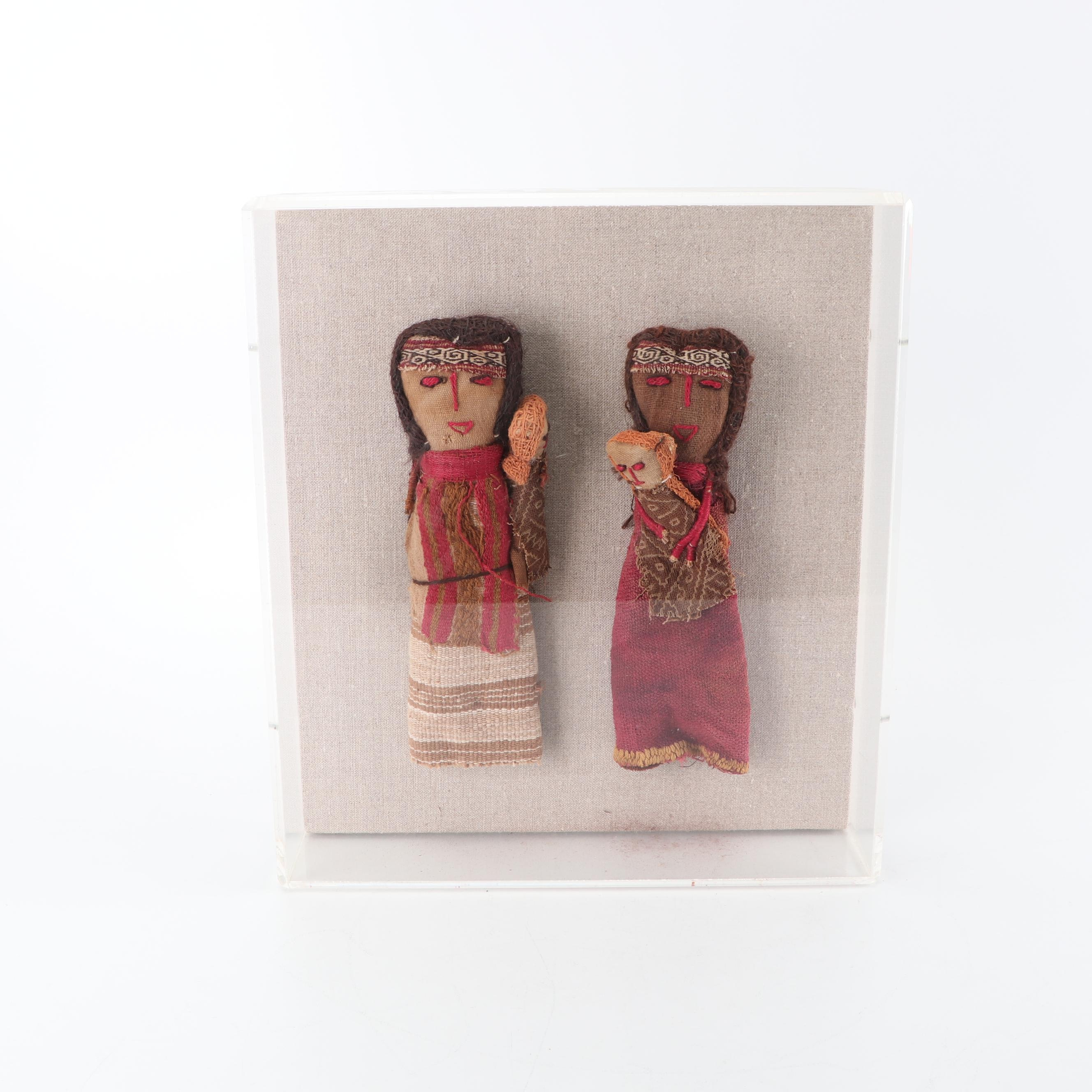"""Peruvian Style """"Chancay"""" Burial Dolls in Display Case, 20th Century"""